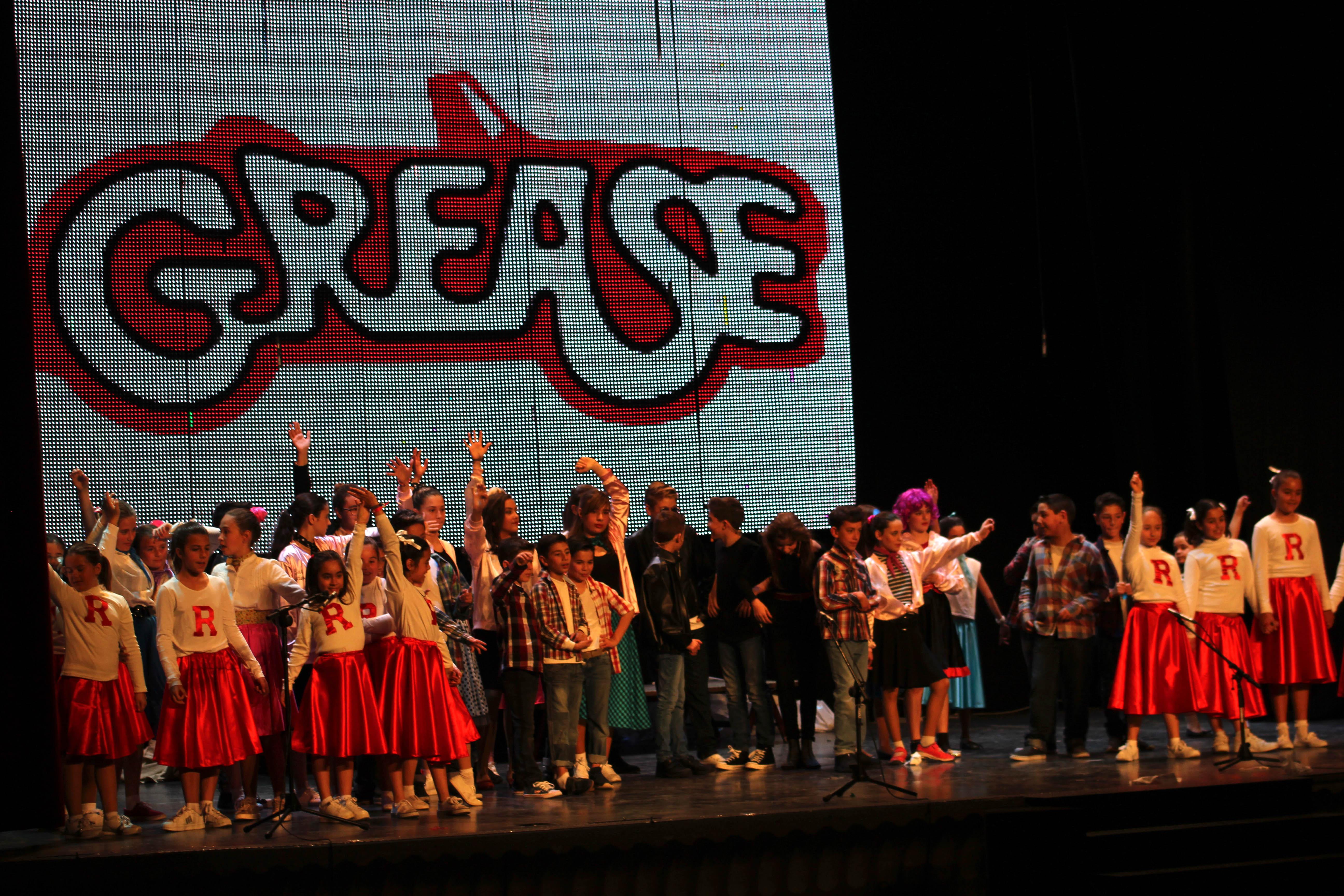 III Jornadas Intergeneracionales que promueve la concejalía de Educación: el musical Grease, a cargo del alumnado del C.E.I.P. Vicente Blasco Ibáñez.