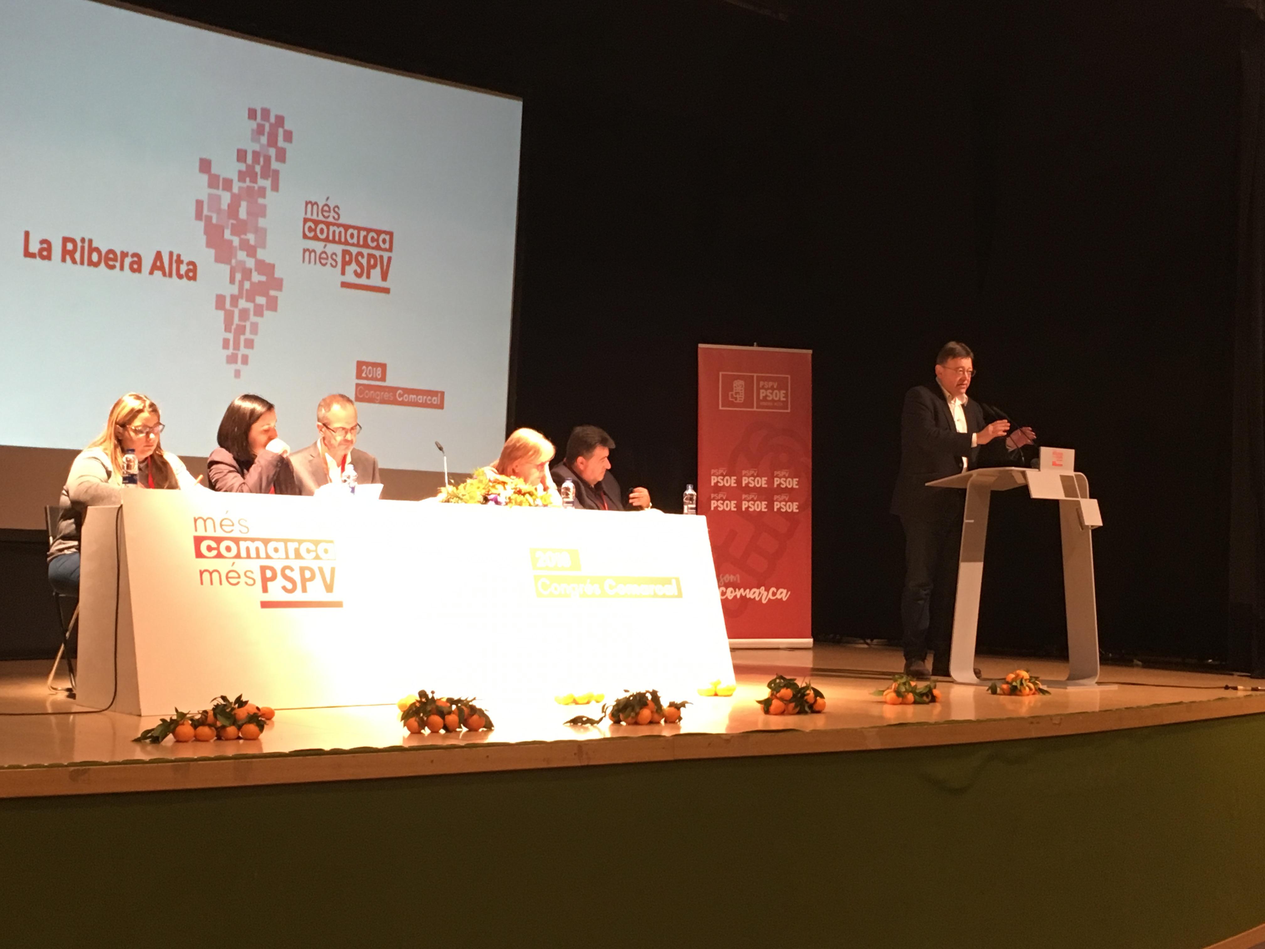 Durante su intervención el líder de los socialistas valencianos ha dado la enhorabuena a la nueva ejecutiva así como a su recién nombrada secretaria general Neus Garrigas.