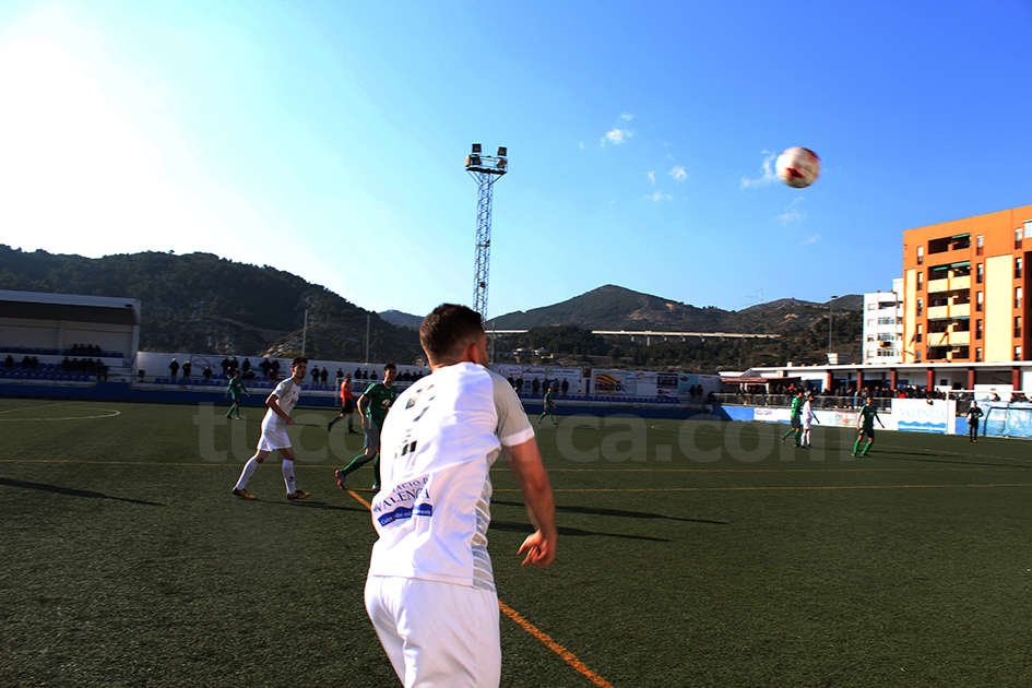 El CD Buñol ha conseguido vencer con mucha solvencia a uno de los equipos más fuertes de la temporada. Foto: Raúl Miralles.