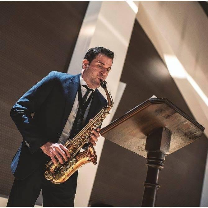 «La Artística» ha organizado un curso de saxofón.