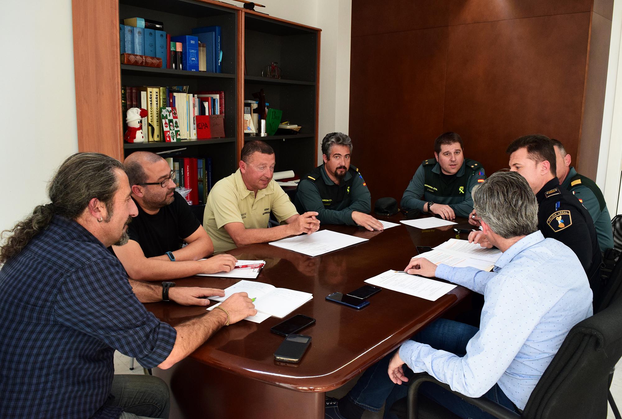 Va tindre lloc ahir amb representants municipals i de les Forces i Cossos de Seguretat de l'Estat.