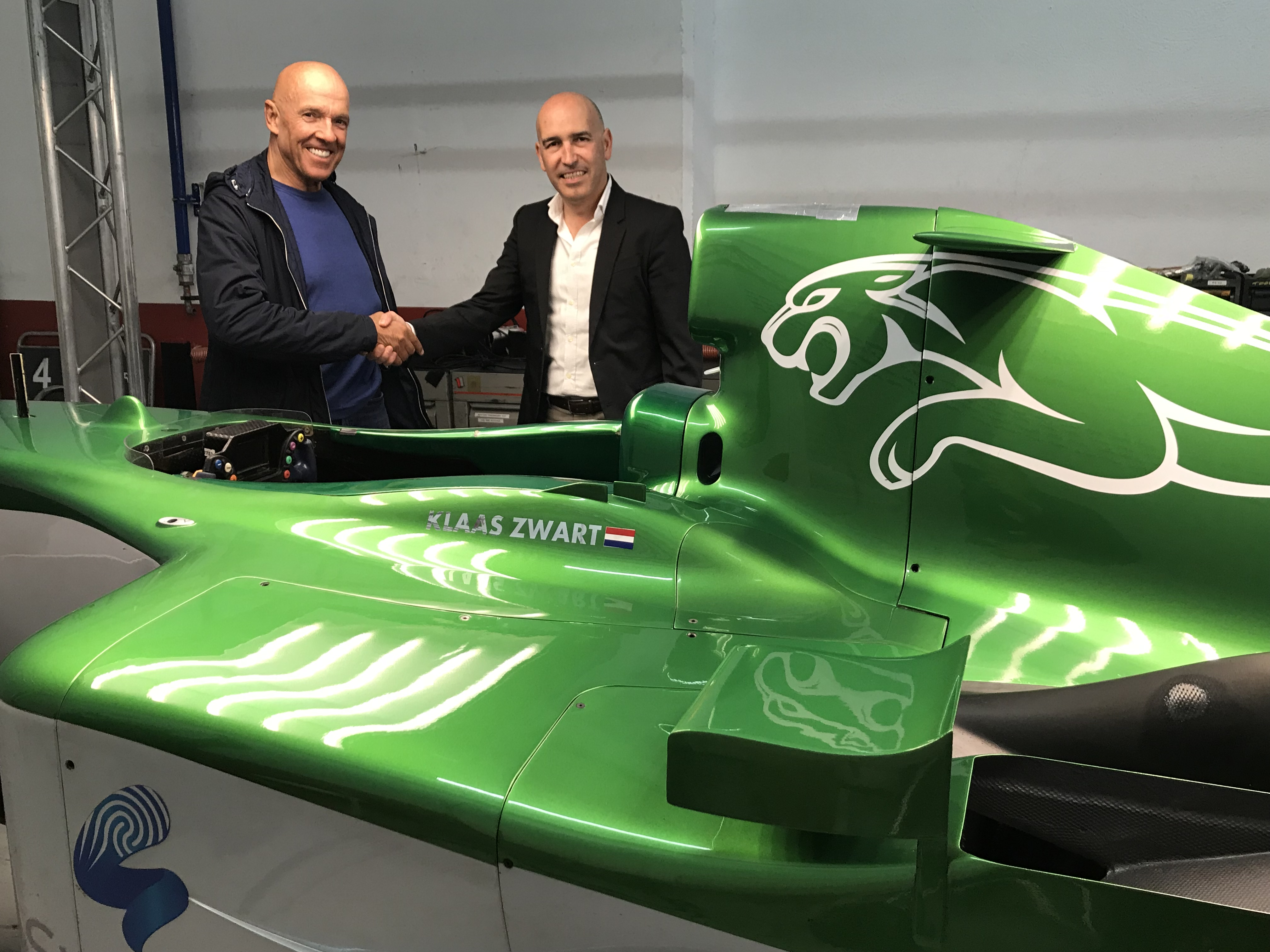 Klaas Zwart y el director del Circuit, Gonzalo Gobert.