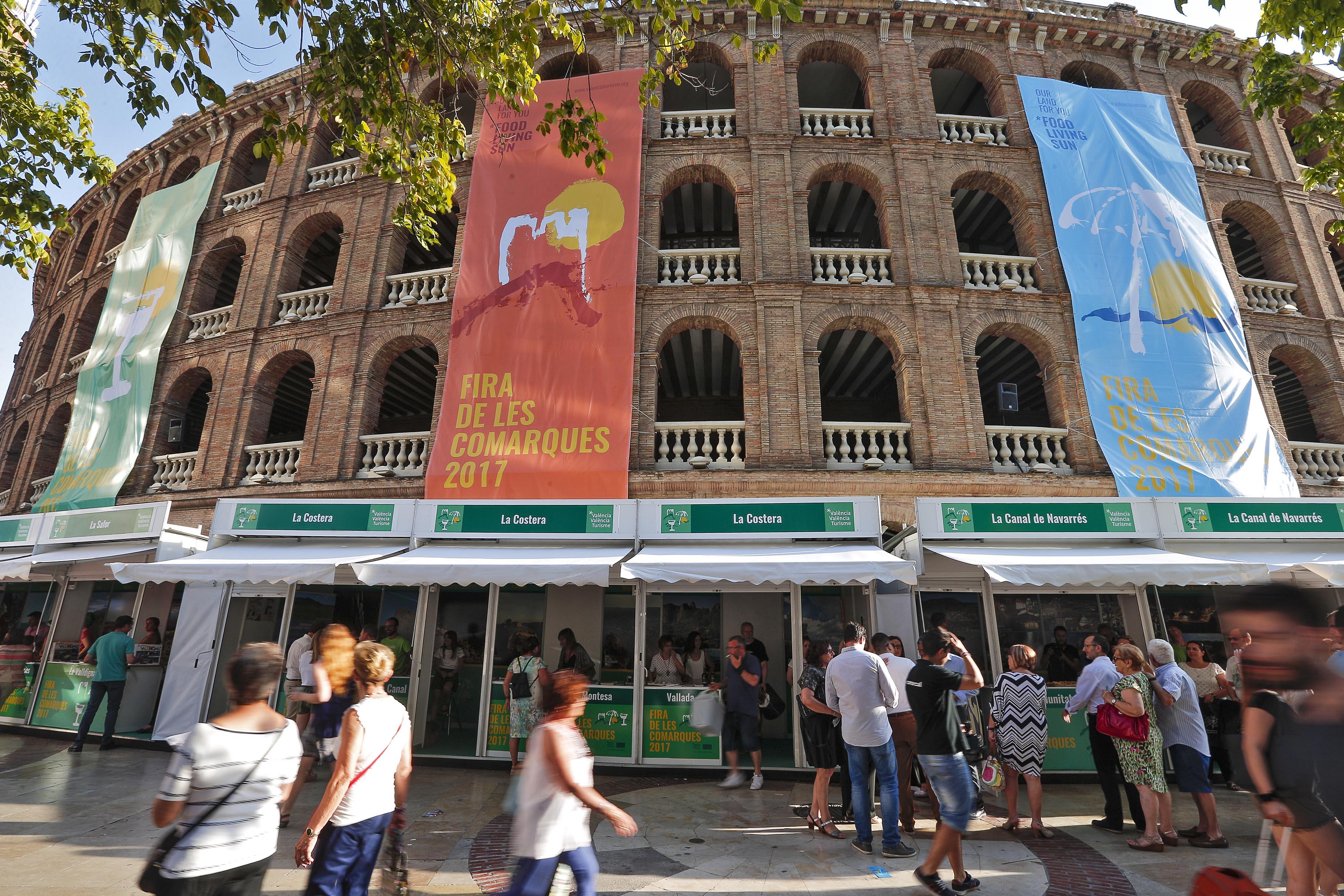 Pilar Moncho informa al Consell Rector del Patronat de les novetats de l'esdeveniment turístic comarcal que se celebrarà en la Plaça de Bous de València del 20 al 22 d'abril.