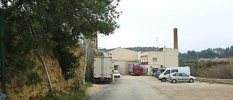 Desde el Ayuntamiento de la localidad se aconseja a la población que durante un mes no transiten por la zona debido al tráfico de camiones y para facilitar la eficiencia y rapidez en los trabajos por parte de los operarios.