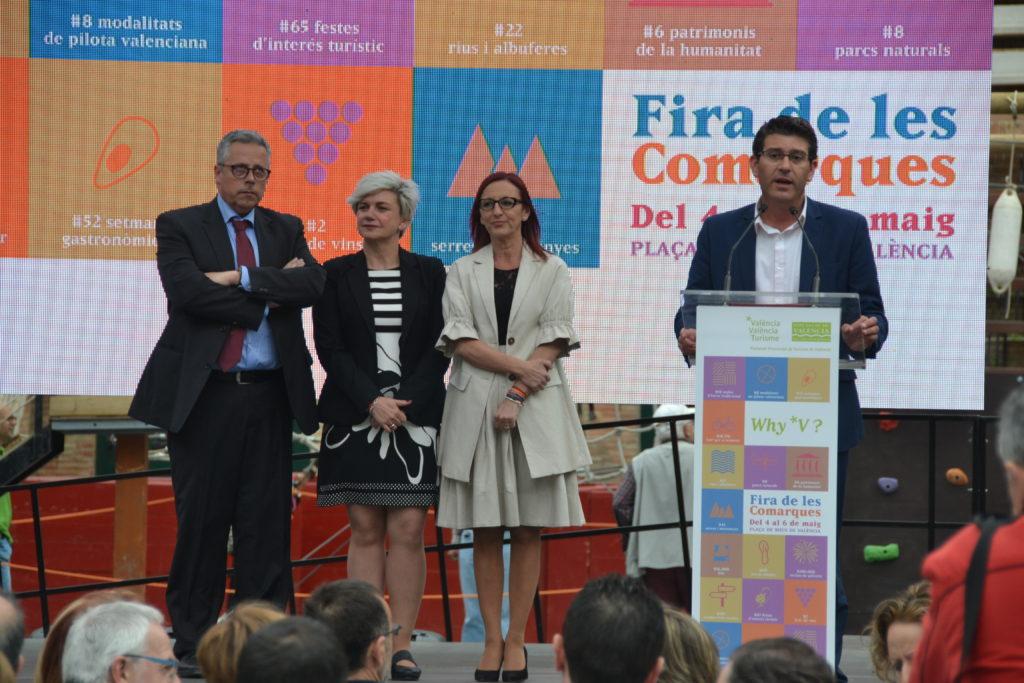 Inauguración a cargo de la vicepresidenta, diputada de Turismo y presdente de la Diputación de la Fira de les Comarques 2018.