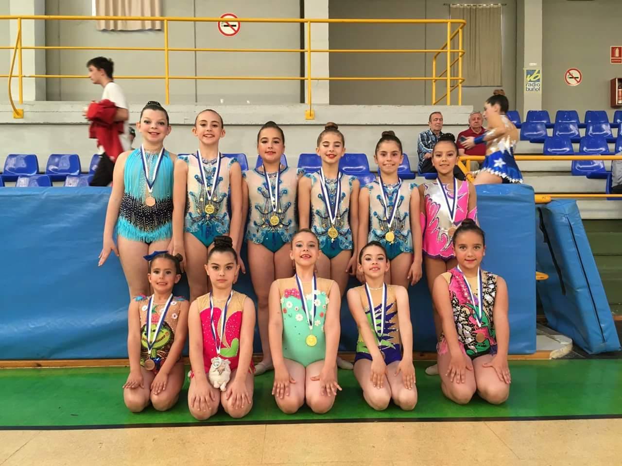 Las jóvenes deportistas del club de Gimnasia Rítmica de Buñol-Cheste-Turís.