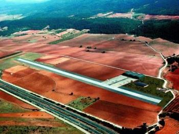 Una imagen aérea del aeródromo de El Rebollar.