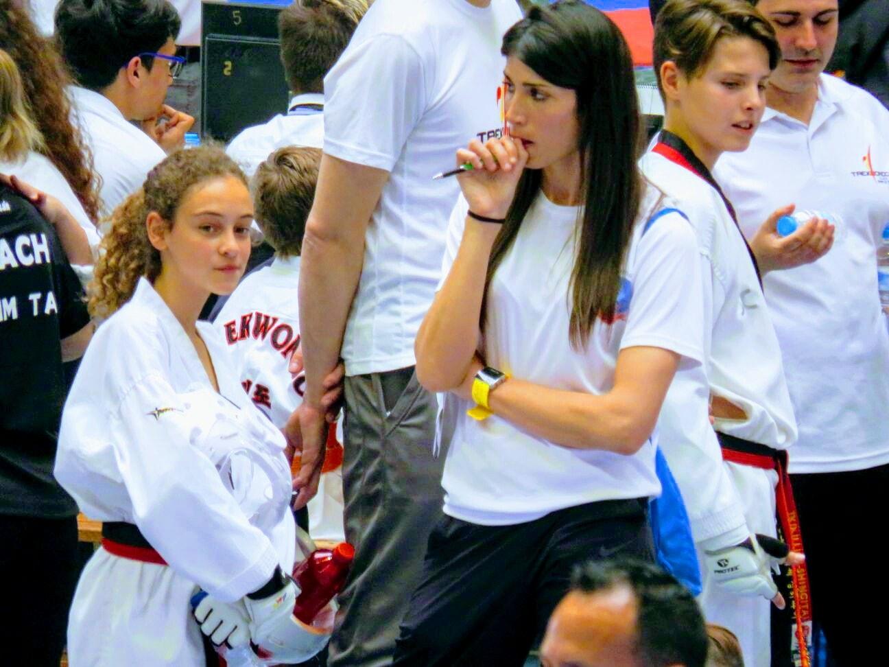 Daniela y su entrenadora Estefanía Almela.