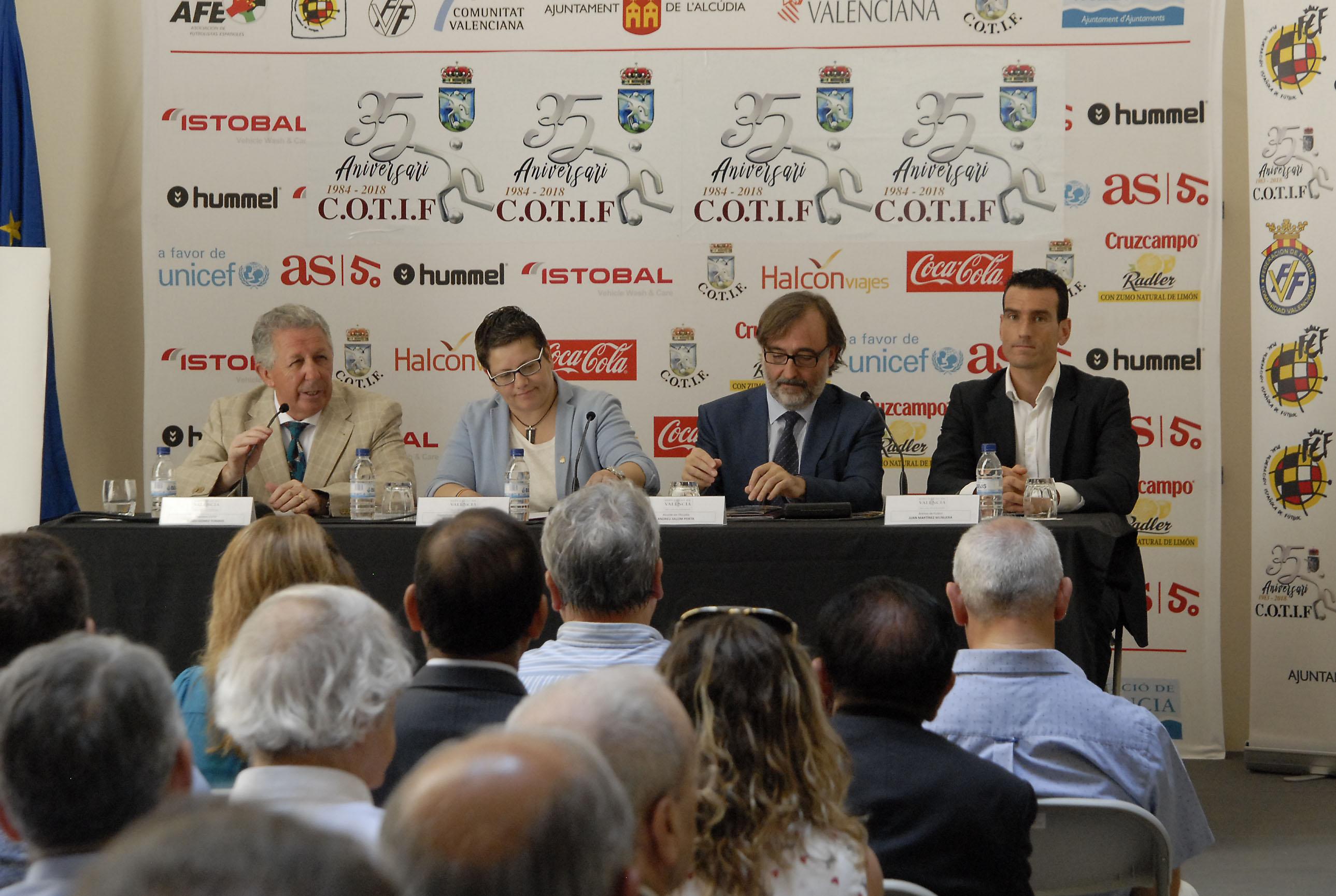 El Cotif celebra els seus 35 anys provant el VAR que arriba aquesta temporada a Espanya.