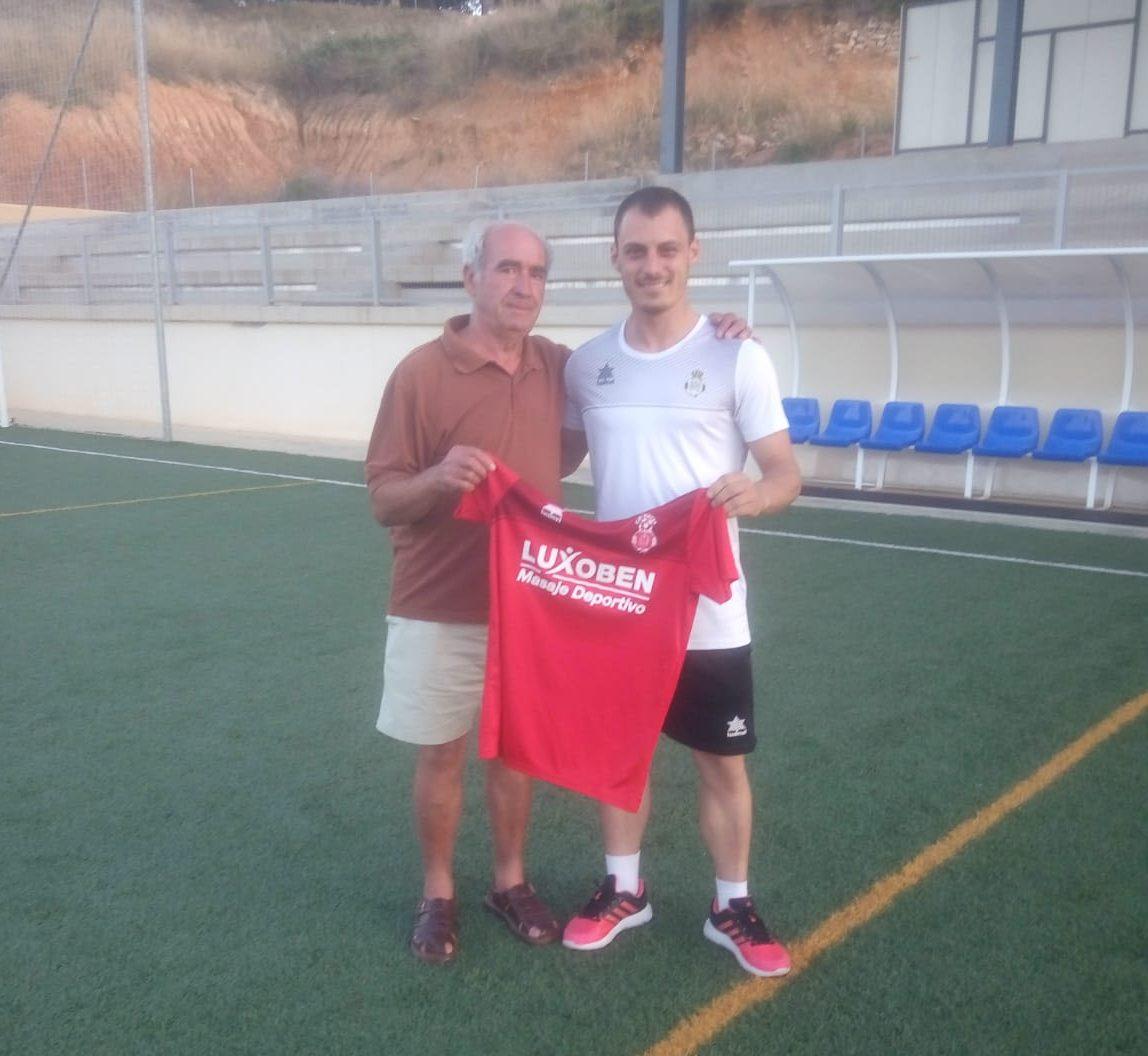 El nuevo técnico del Chiva CF, Germán Sánchez.