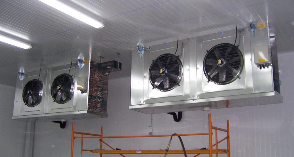 La firma está especializada en el montaje de equipos.