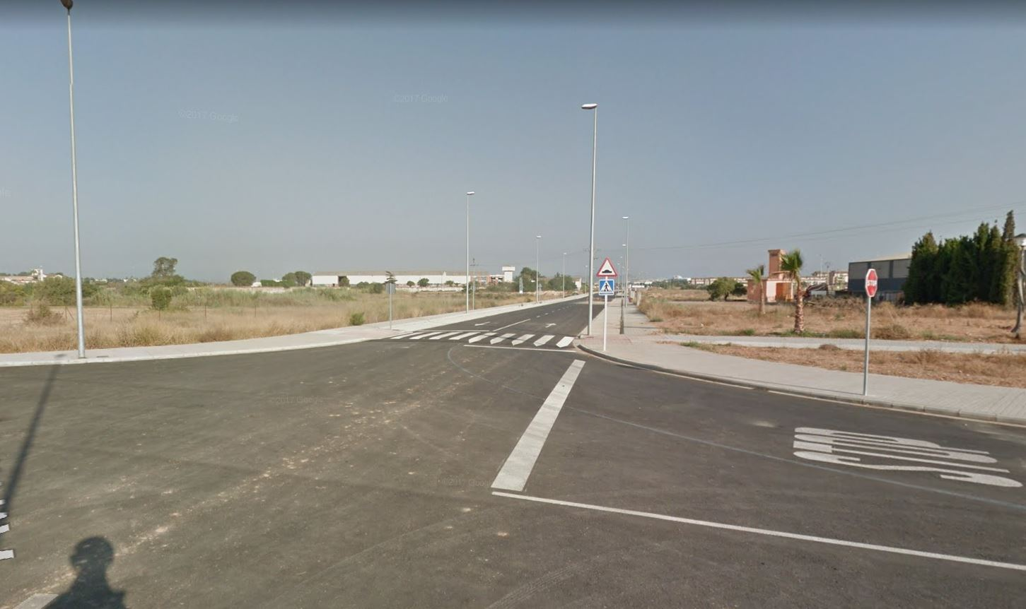 El primer edil, Salva Torrent, anunció la llegada de la primera empresa a la nueva área industrial, concretamente, la valenciana que ocupará una parcela de 20.000 metros cuadrados.