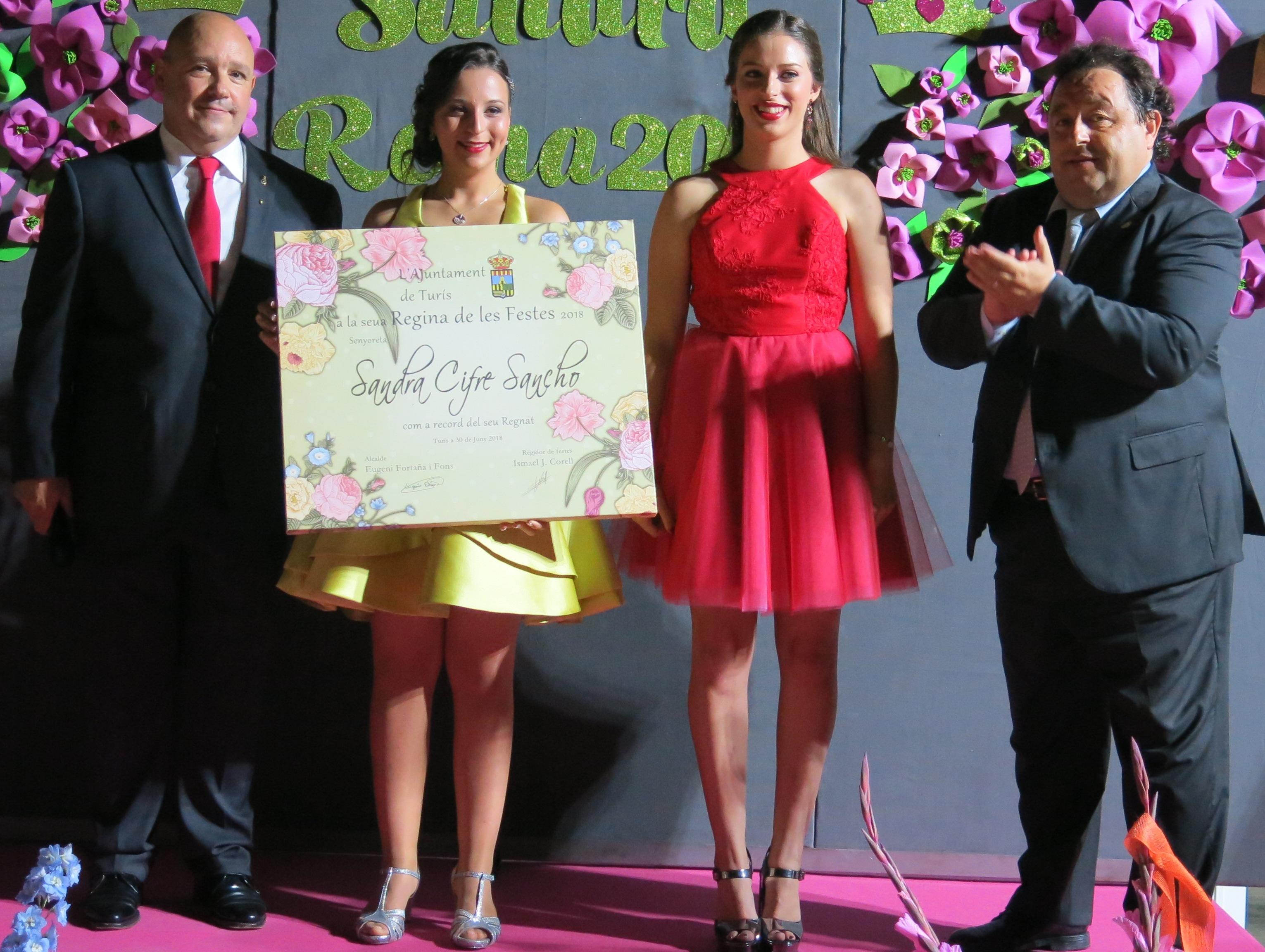 Sandra Cifre i la seua cort comencen un camí il·lusionant cap a les festes de 2018.