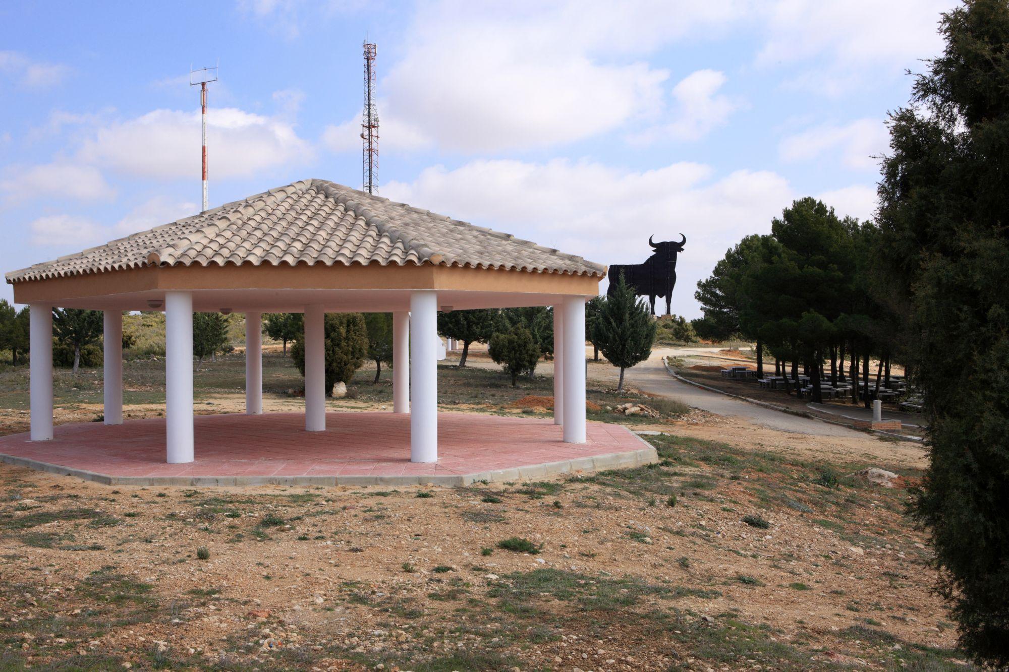 Villargordo del Cabriel construirá un depósito de agua potable para abastecer a todo el pueblo con 150.000 euros procedentes del SOM.