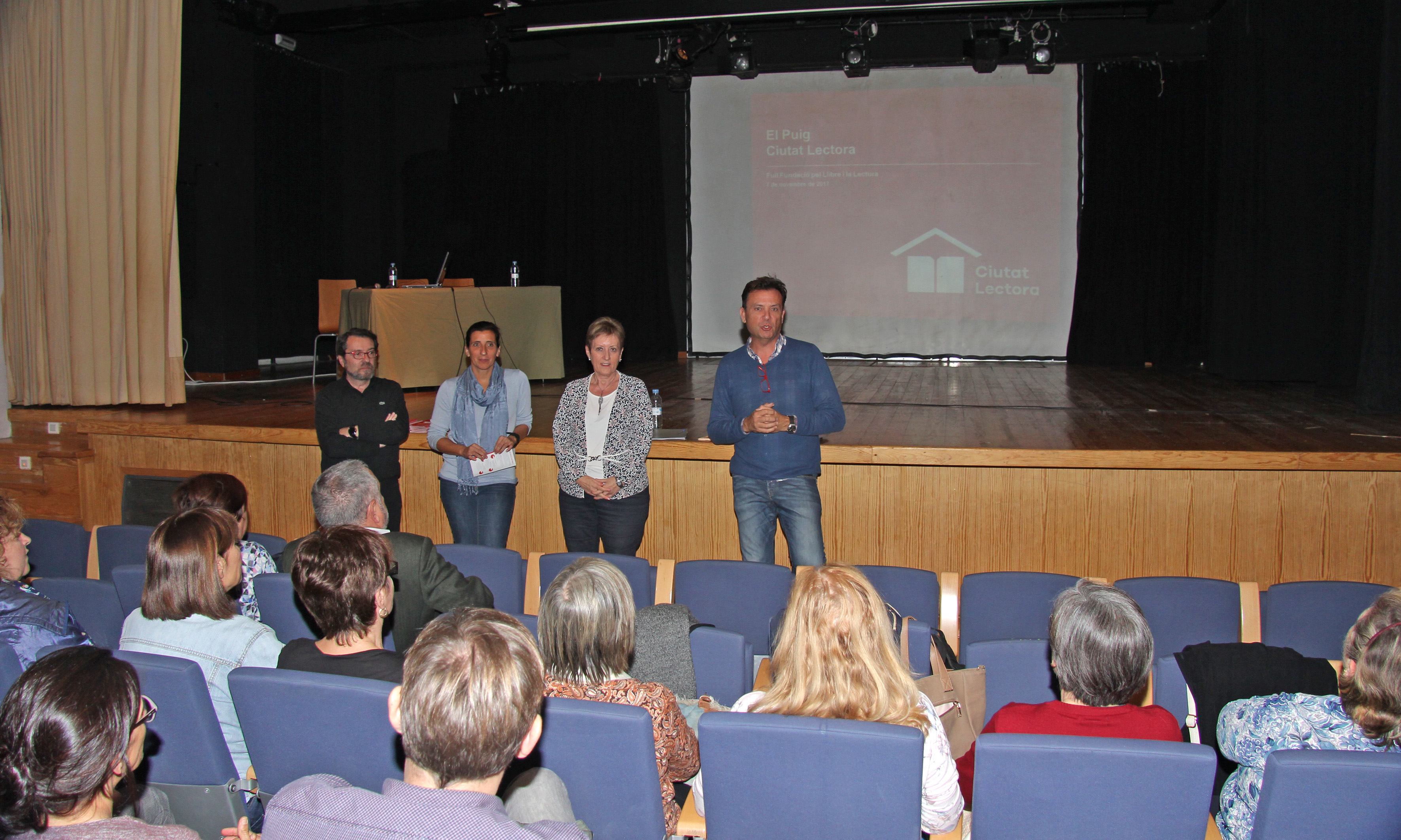 """El programa """"Ciutat Lectora"""", promovido por FULL-Fundació pel Llibre i la Lectura, cuenta con el apoyo del Área de Cultura de la Diputació de València."""