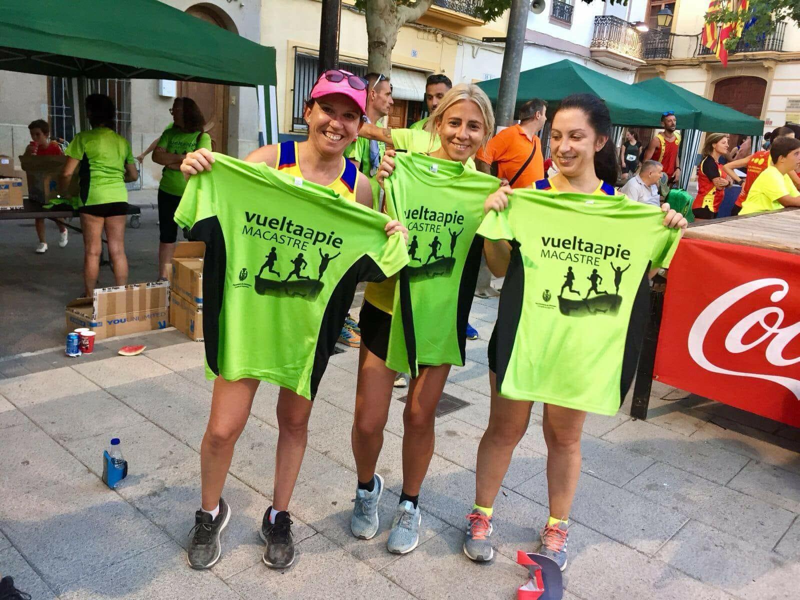 Participantes en la carrera 10k de Macastre.