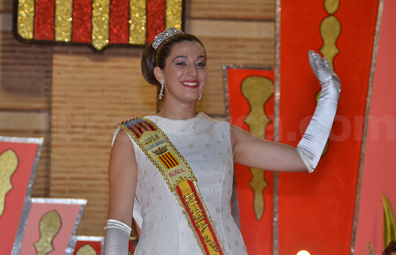 Pepa Sierra Tamarit, muy emocionada, tras su coronación como Reina de la Fiestas 2018.