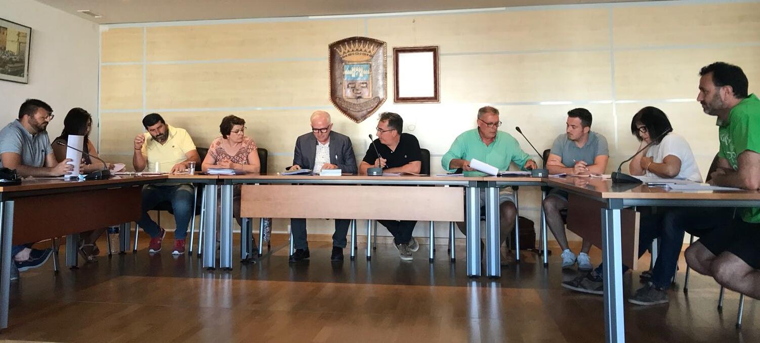 Una última sesión plenaria celebrada en el Ayuntamiento de Yátova.