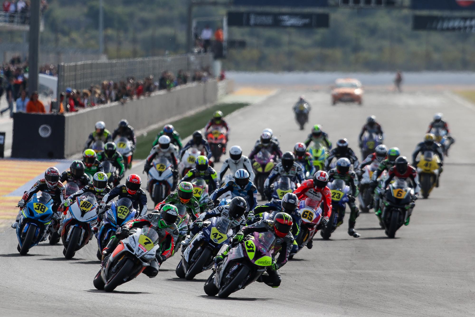 El motociclismo base vuelve al Circuit con el Campeonato de España Cetelem de Velocidad.