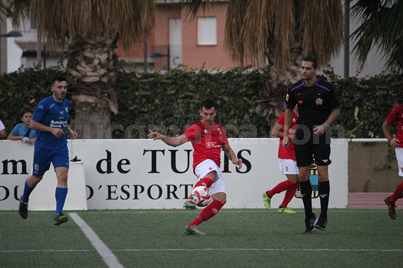 El CD Turís ha superado al Casas en su feudo. Foto: Raúl Miralles.
