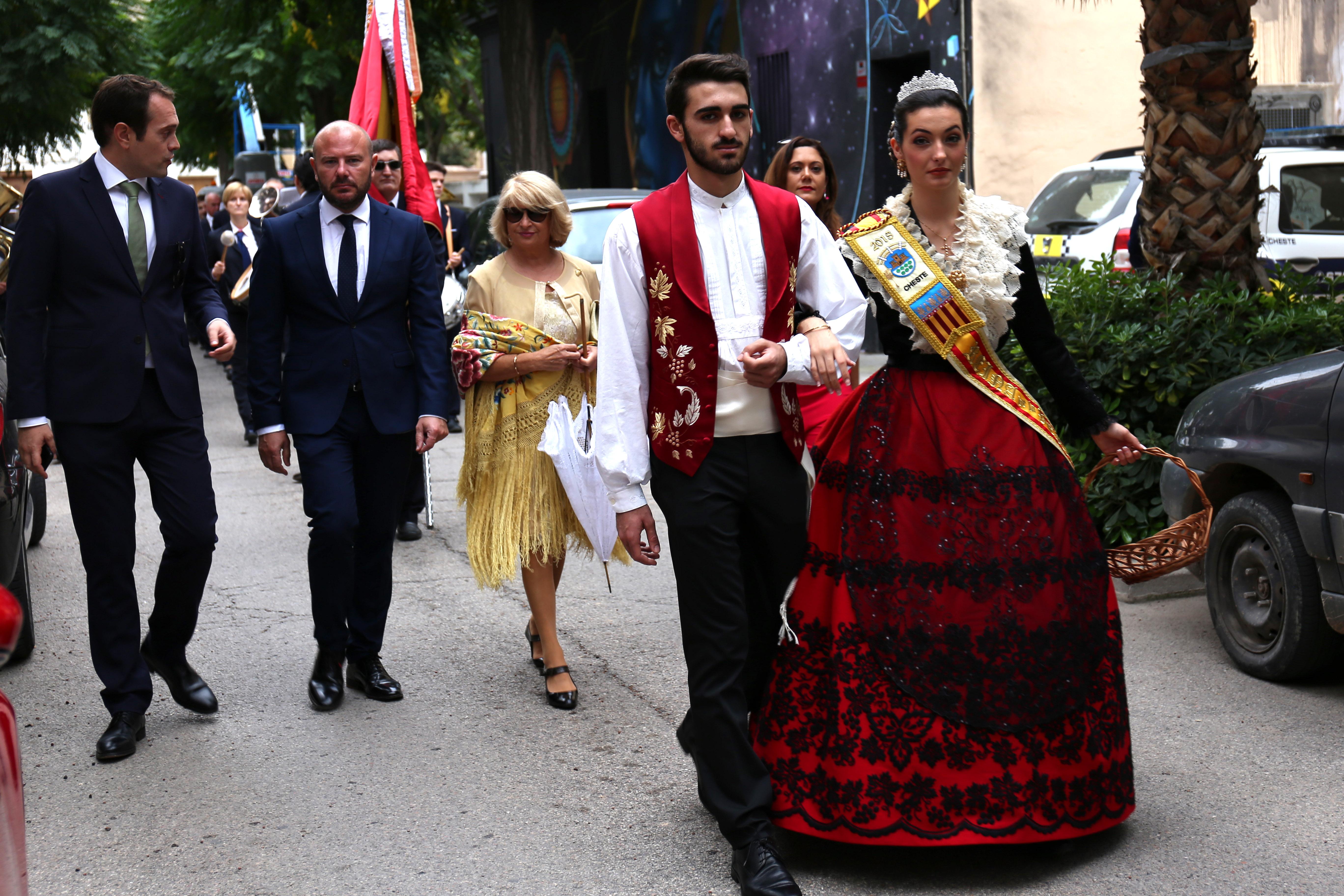 El presidente de la Diputación de Valencia, Toni Gaspar, durante el Desfile del Día de la Flor.