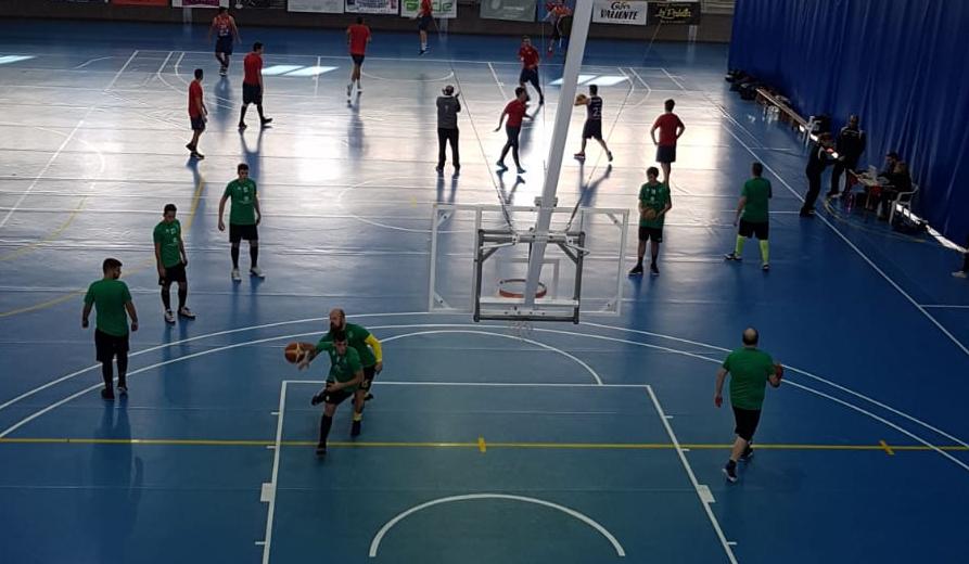 El Chiva Basket Club se ha llevado el derbi frente al Cheste por 44-69.