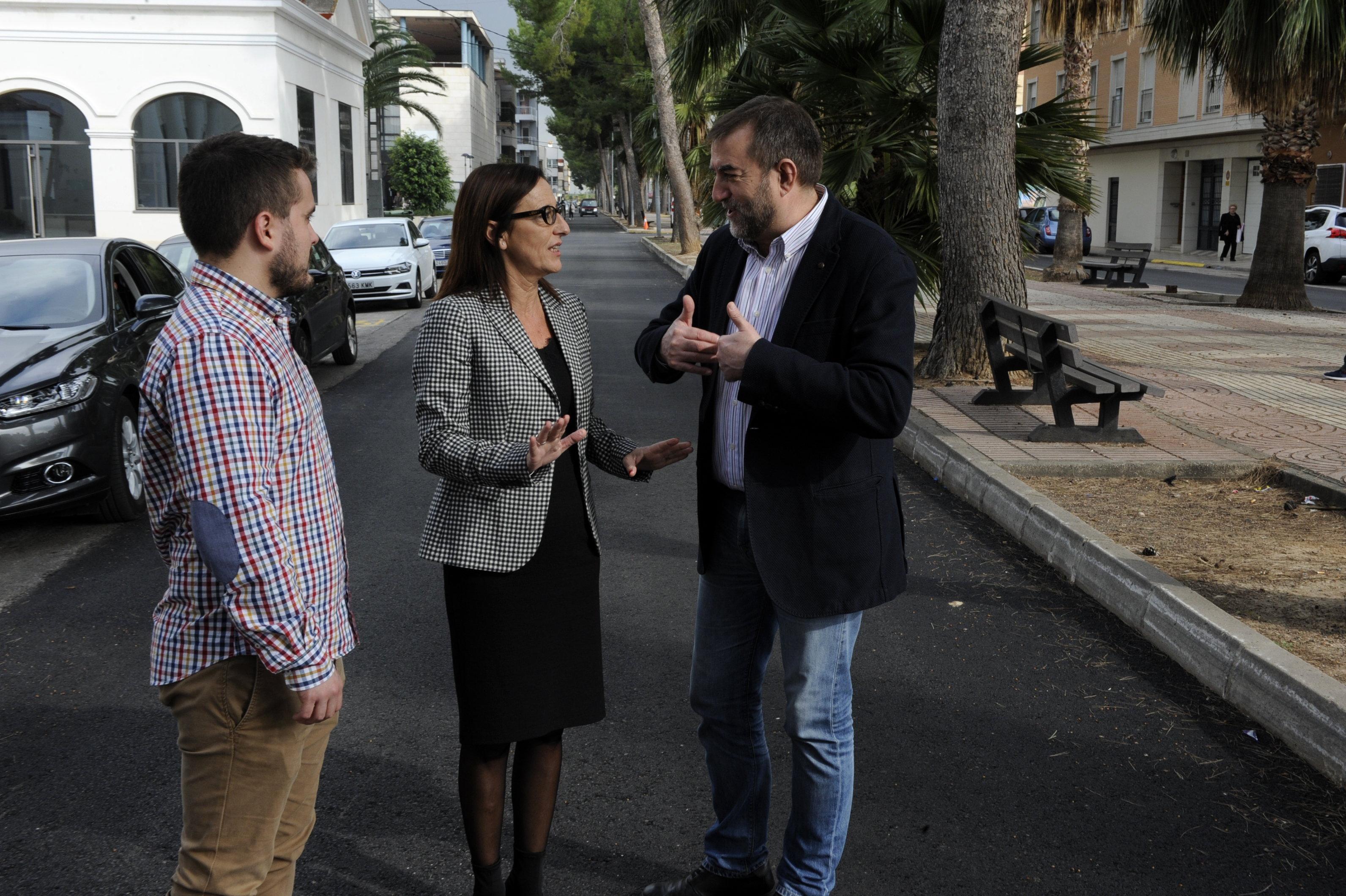 La Diputación de Valencia ayuda con la remodelación de la travesía de la Gran Vía de Guadassuar, y que contaba con un presupuesto inicial de 50.000 euros.