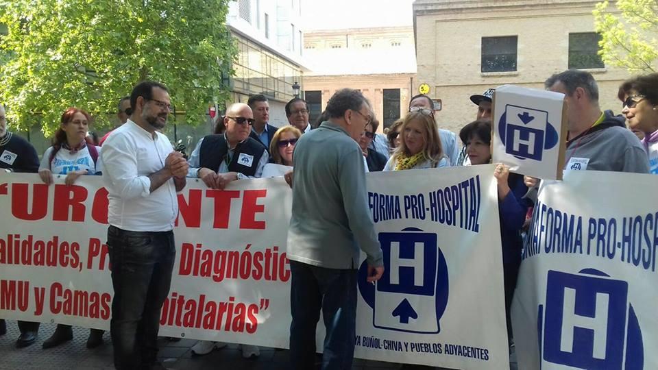Una de las últimas movilizaciones de la plataforma pro hospital comarcal de La Hoya.