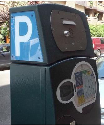 El equipo de gobierno socialista de Requena ya está trabajando en la puesta en marcha de un nuevo sistema de aparcamiento gratuito.