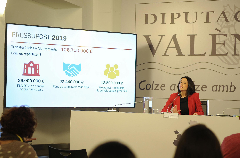 La diputada de Hacienda, Rebeca Torró, ha presentado las cuentas públicas.
