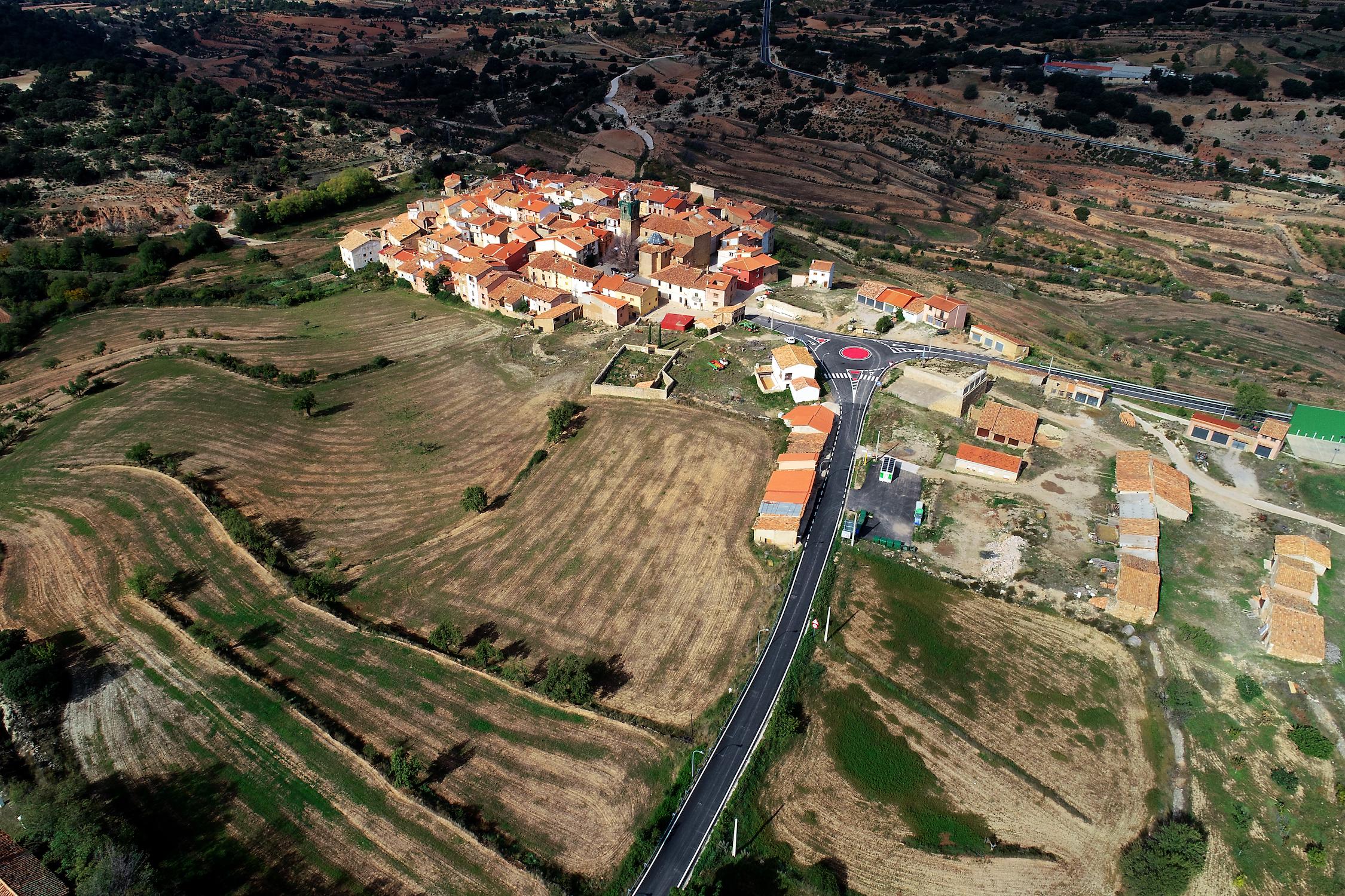 El Diputado Pablo Seguí destaca que los 4,5 millones de euros invertidos en las carreteras del Rincón demuestran la apuesta de la institución por vertebrar el territorio y por luchar contra la despoblación.