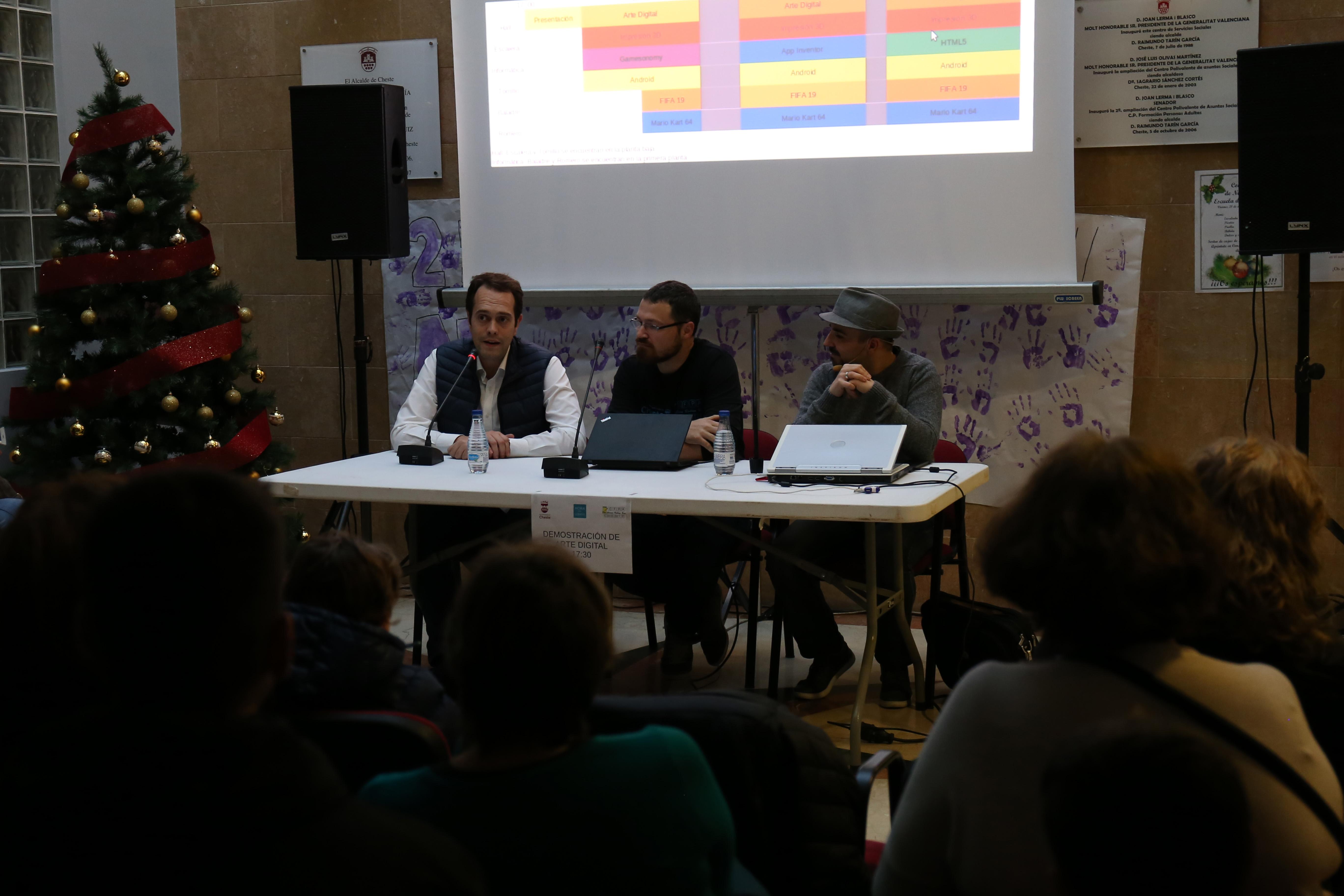 La presentación del evento contó con la presencia del alcalde de Cheste y concejal de Juventud, José Morell.