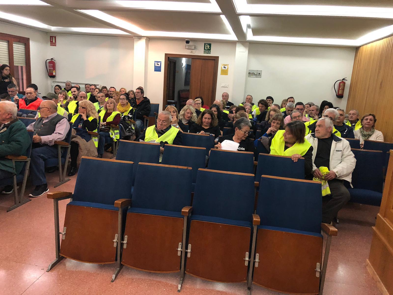 El PP denuncia que Compromís decide no ejecutar los acuerdos del Pleno para incrementar los efectivos por falta de presupuesto mientras destina 500.000 euros a alumbrado y mobiliario.urbano