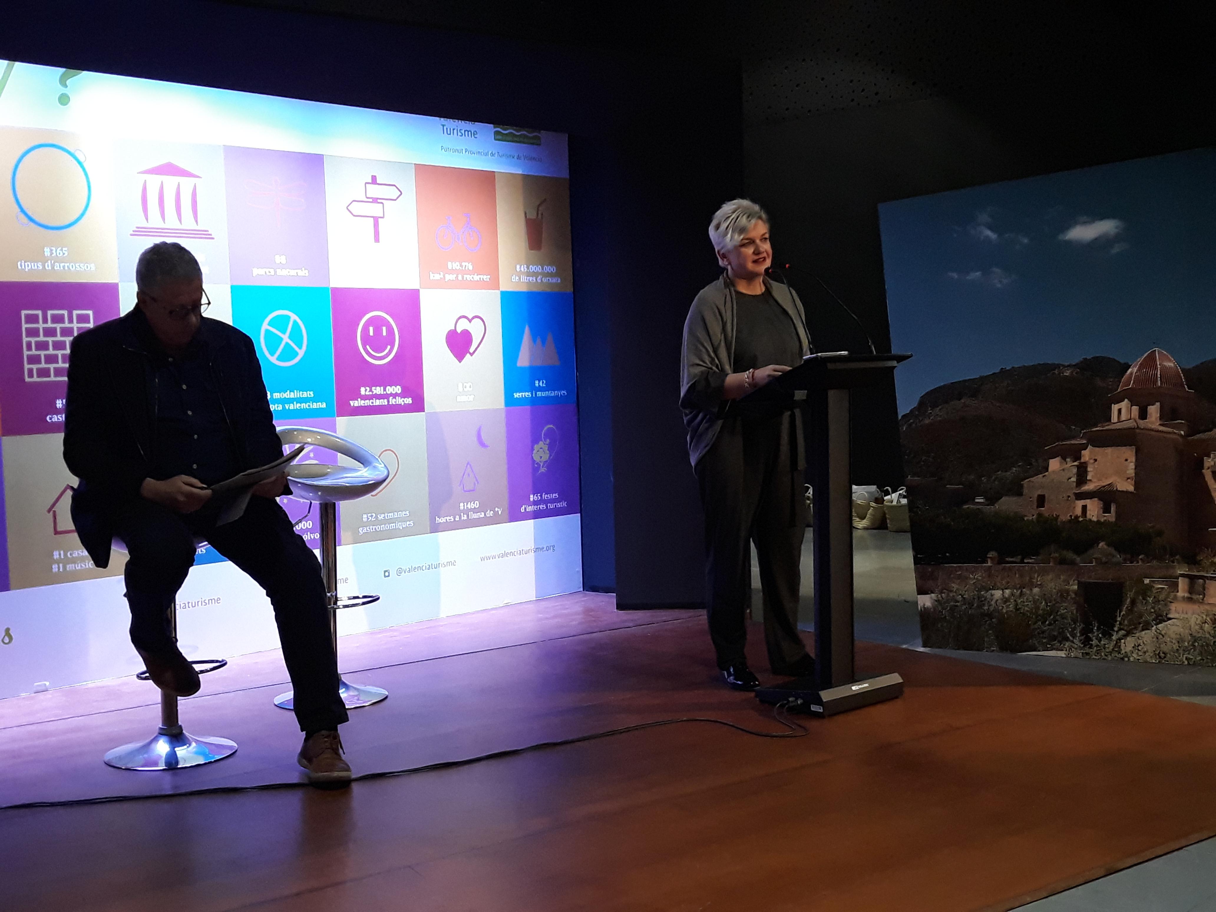 La diputada de Turismo de la Diputación ha hecho balance de gestión de los ejercicios 2015-2018 en un desayuno con medios de comunicación.