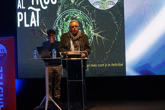 Evarist Caselles en el acto de presentación del portal digital, celebrado en La Marina.