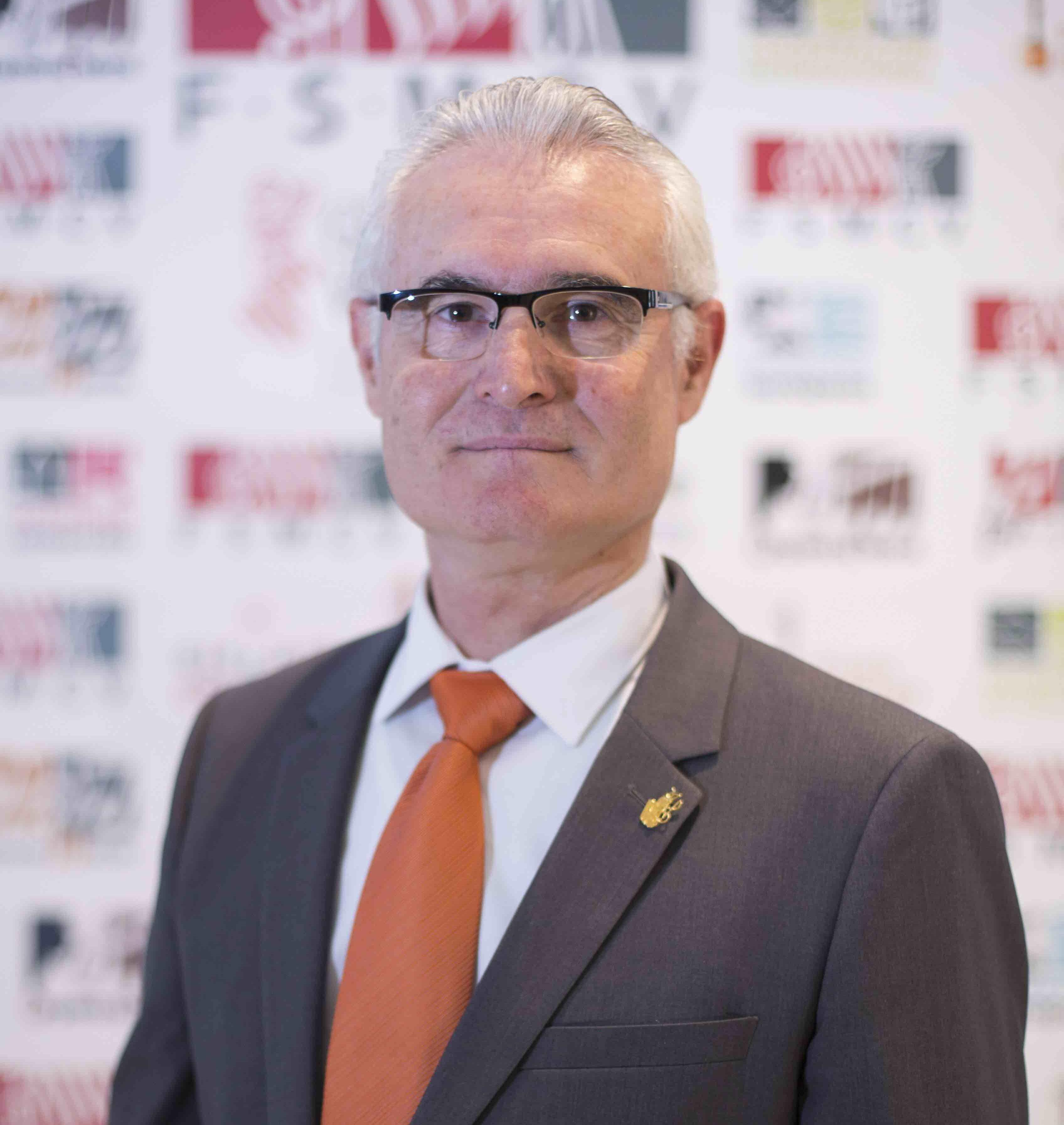 Antoni Aliaga, que ha recibido el 95% de los votos, pertenece desde 2001 a la Societat Artistica Musical d'Alginet.