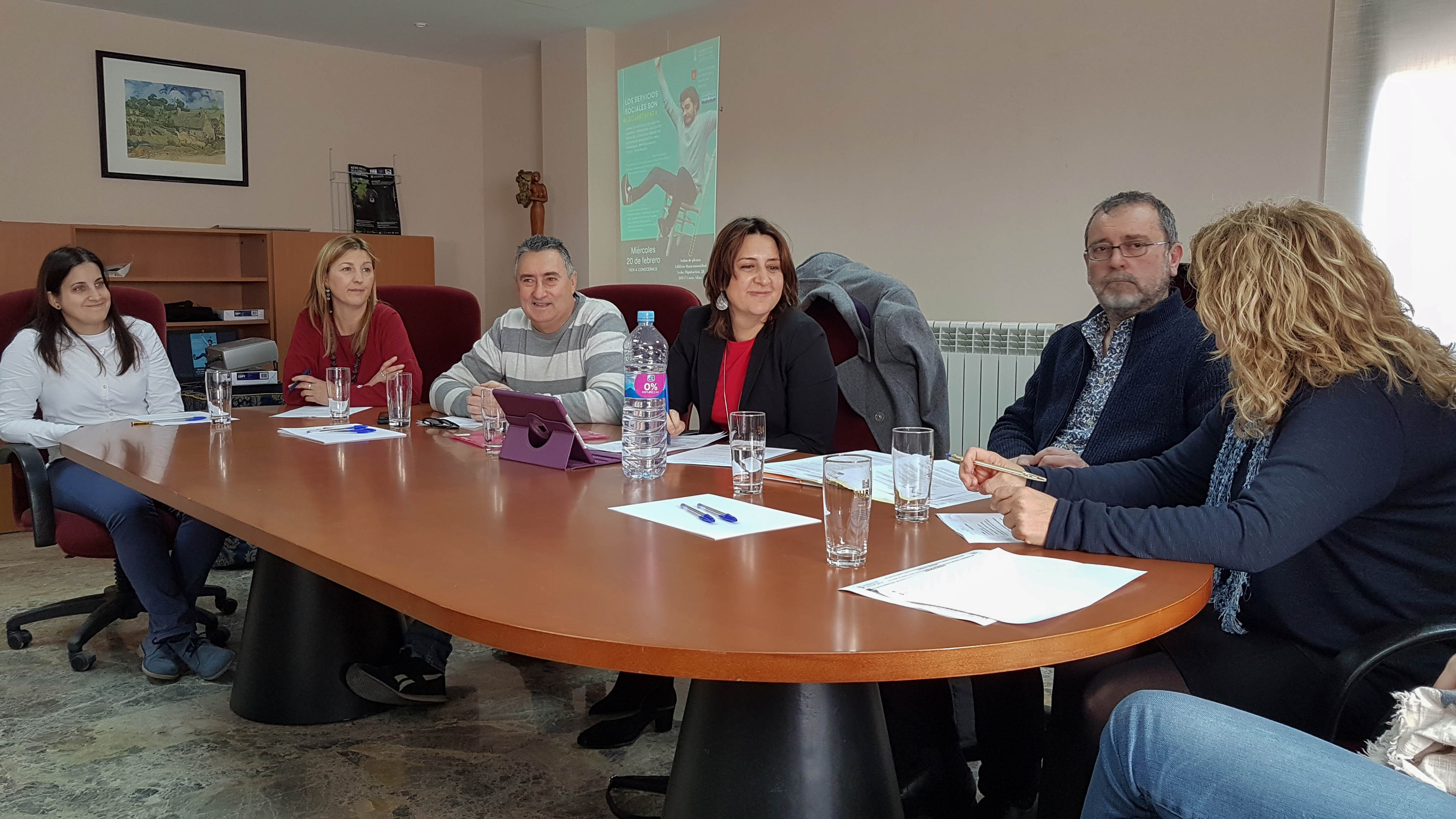 La mancomunidad de esta comarca y el área de Inclusión Social de la Diputació han organizado unas jornadas en Casas Altas para dar visibilidad a los servicios públicos como un derecho humano esencial.