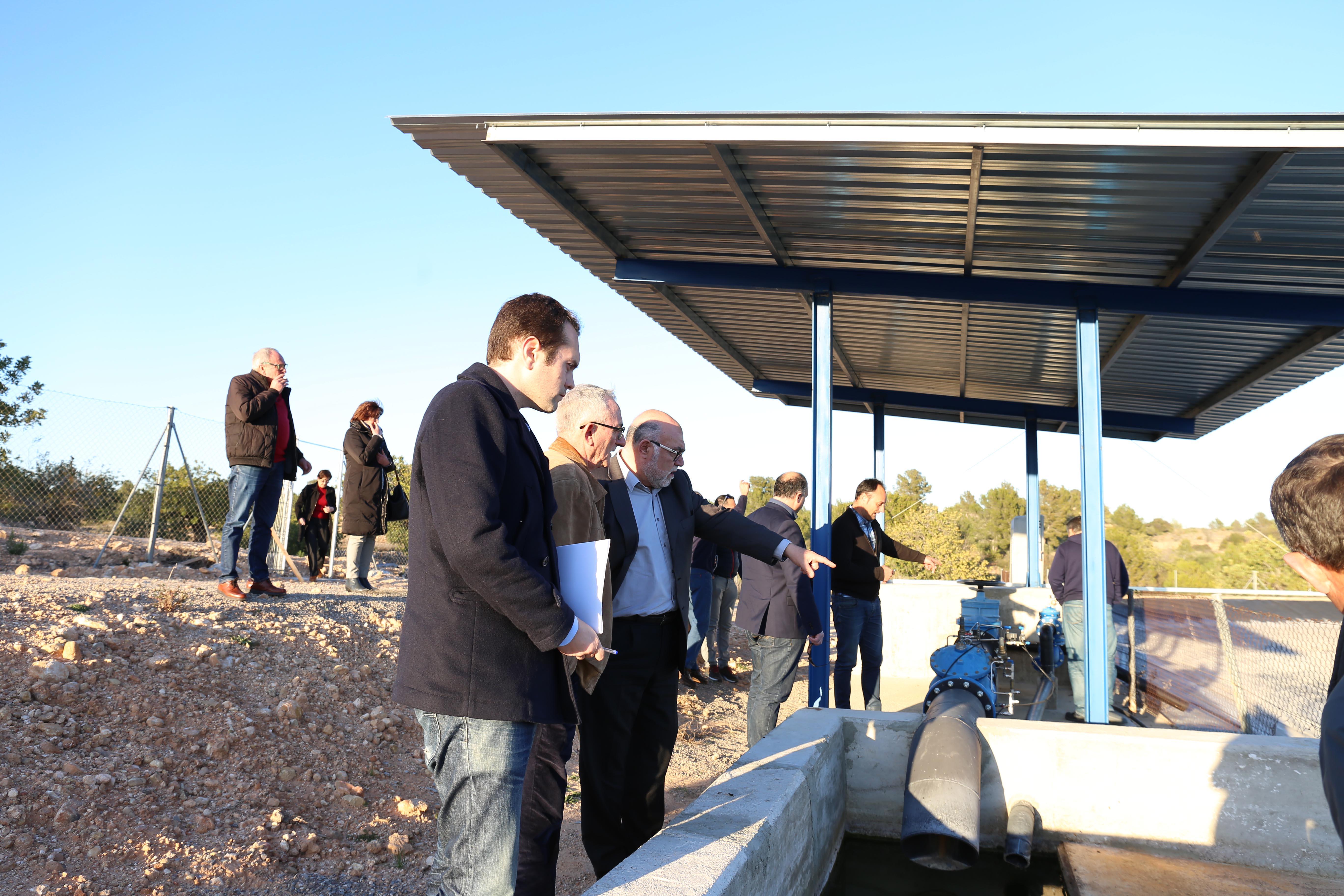 Mulero durante su visita a la obra de canalización de agua a Cheste desde el pozo Toyuelo II.