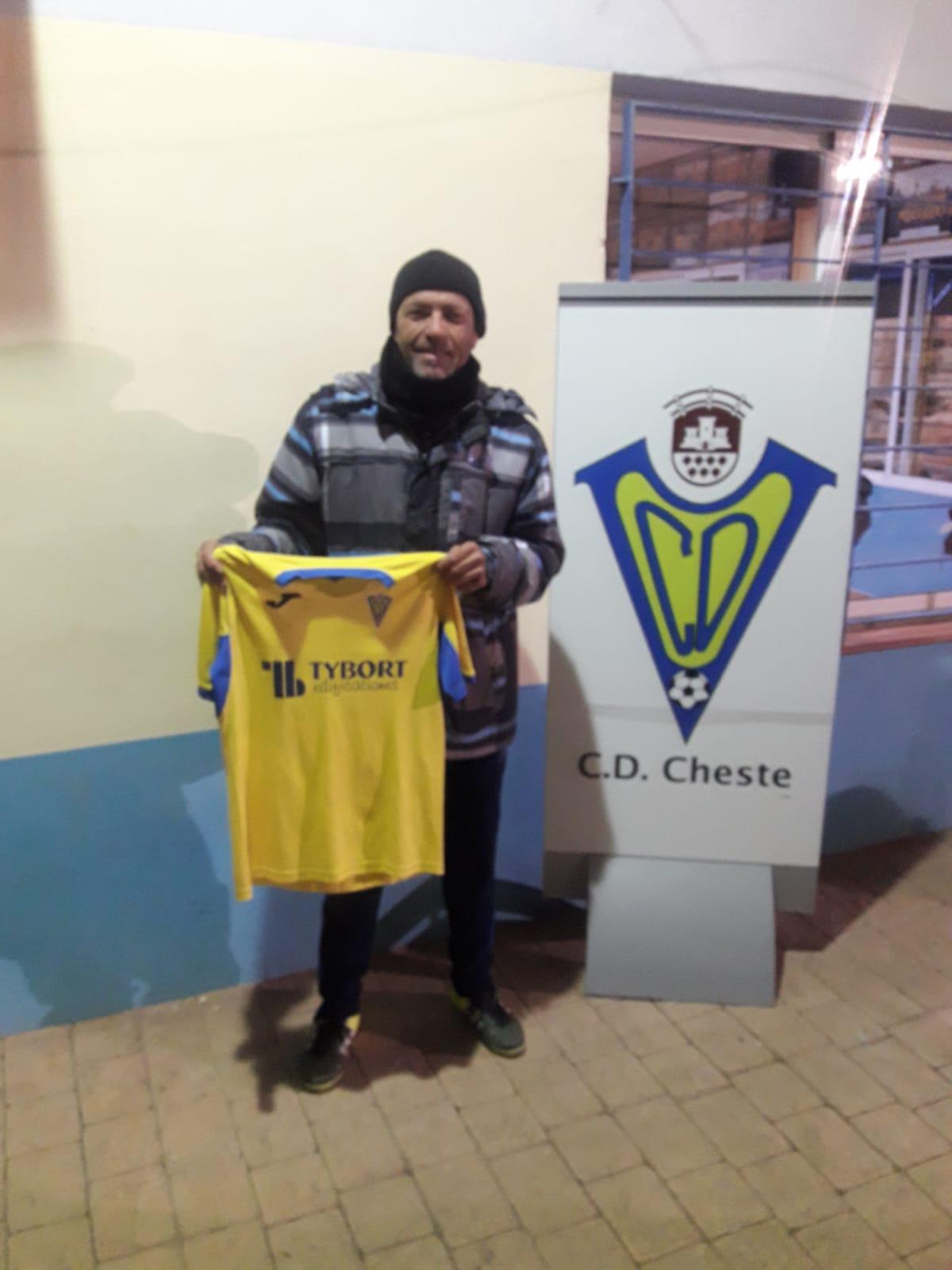 El nuevo entrenador del CD Cheste.