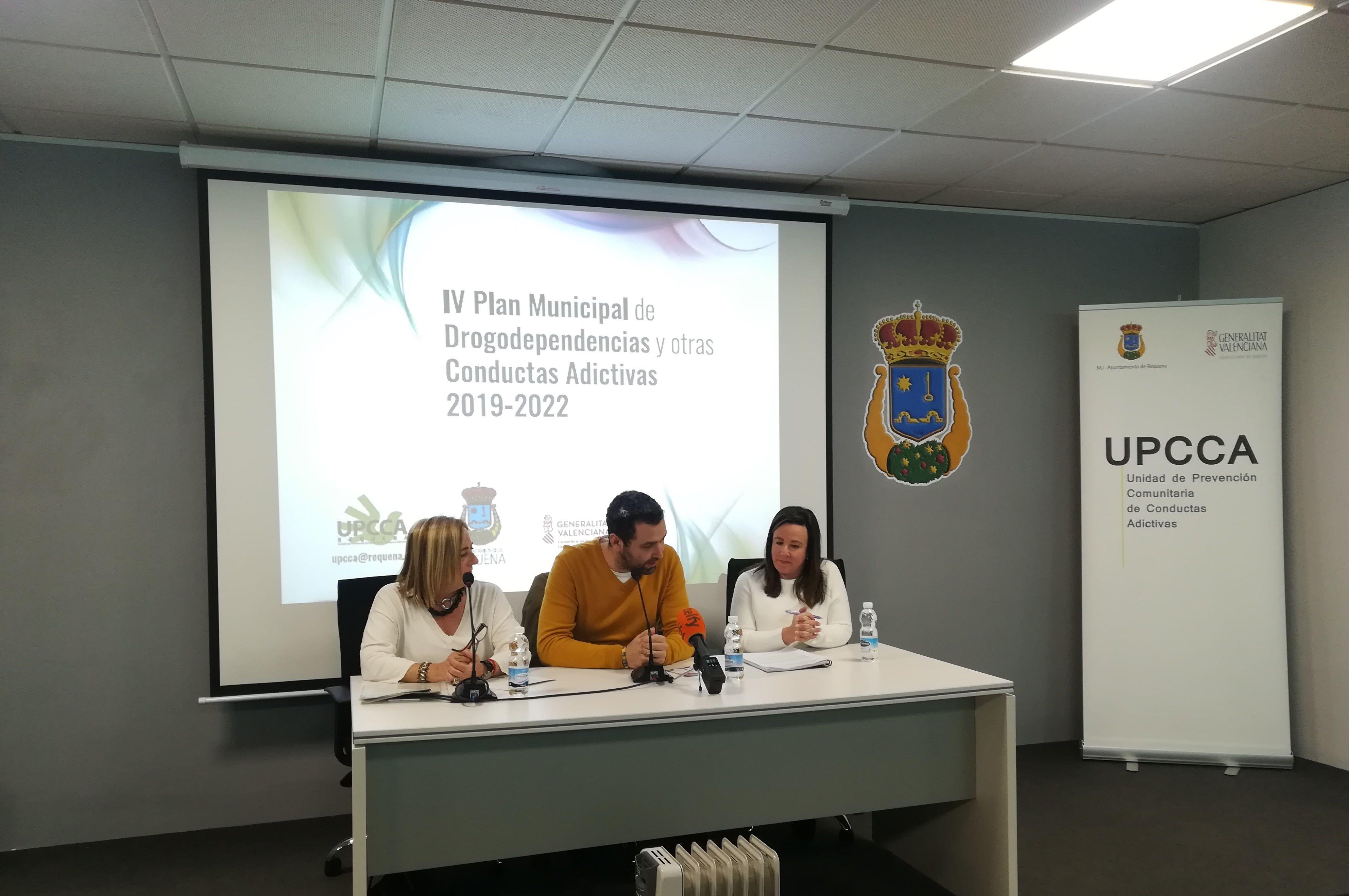 El Plan Municipal de Drogodependencias y otras conductas adictivas se ha presentado en el Espacio Cultural Feliciano Antonio Yeves de Requena.