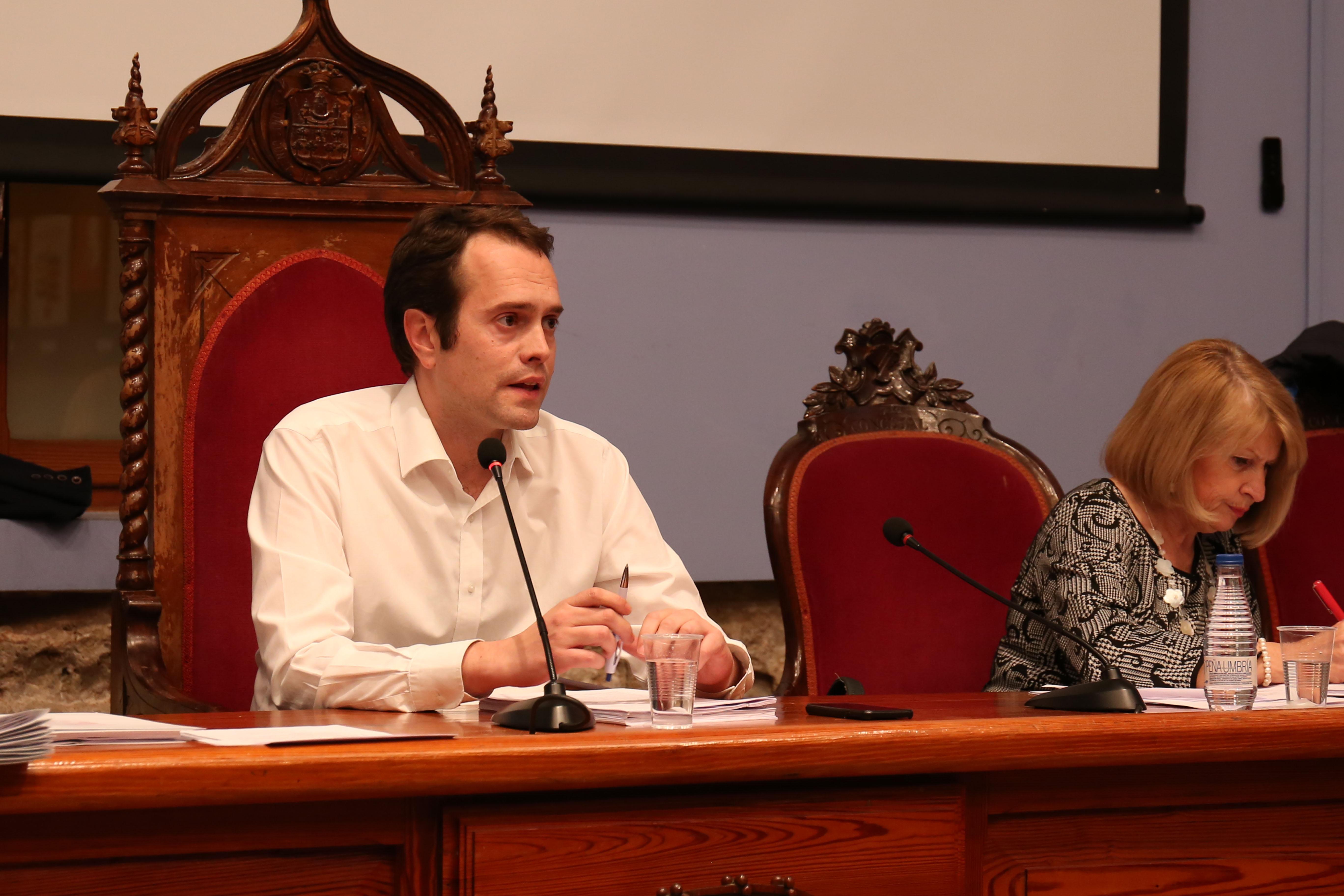 El Pleno aprueba la firma de un convenio con la EPSAR.