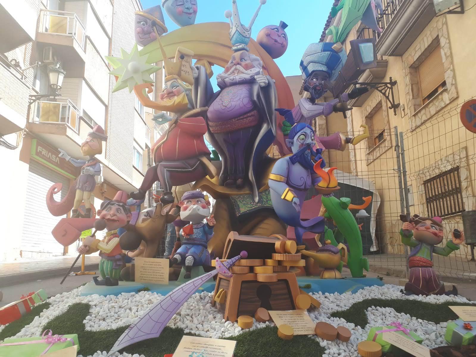 Falla de la Plaza San Juan de Utiel 2019.
