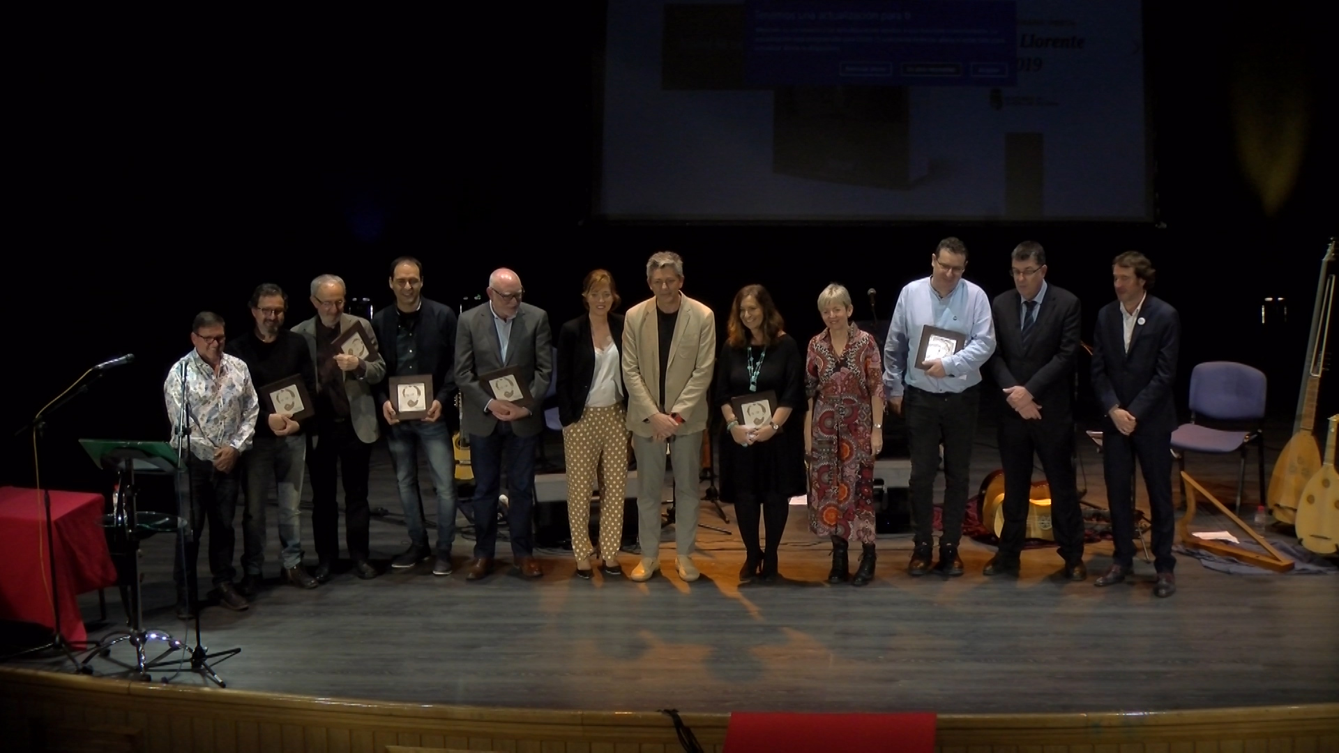 Josep Lluís Roig gana en la modalidad de novela negra e Immaculada López en poesía.