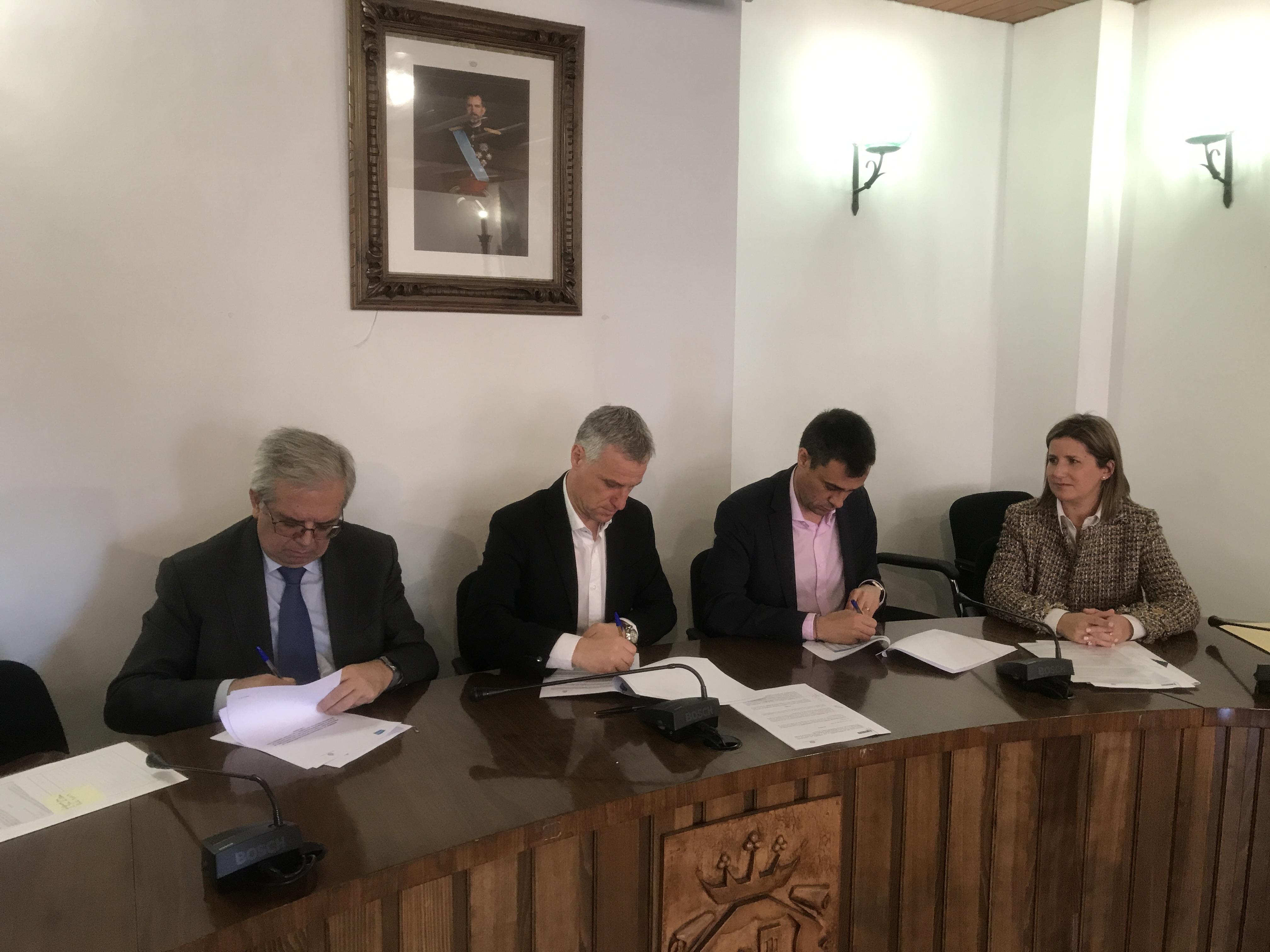 El Ayuntamiento de l'Eliana, ACUAMED e Hidraqua firman la adenda al convenio para poner en marcha la Planta Desnitrificadora.