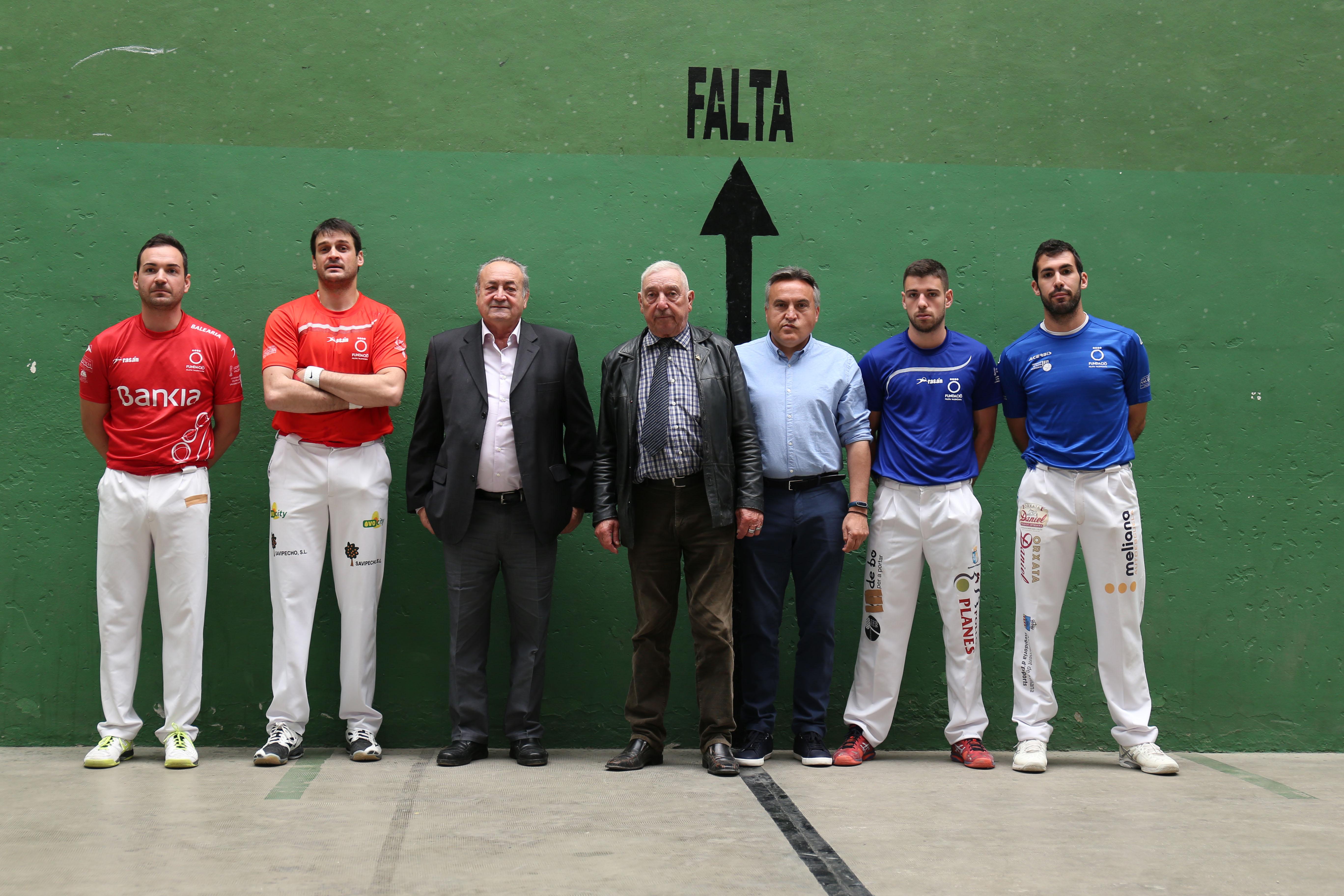 Cheste acogió una partida de pelota valenciana que enfrentó a Genovés II y Raúl contra De la Vega y Bueno.