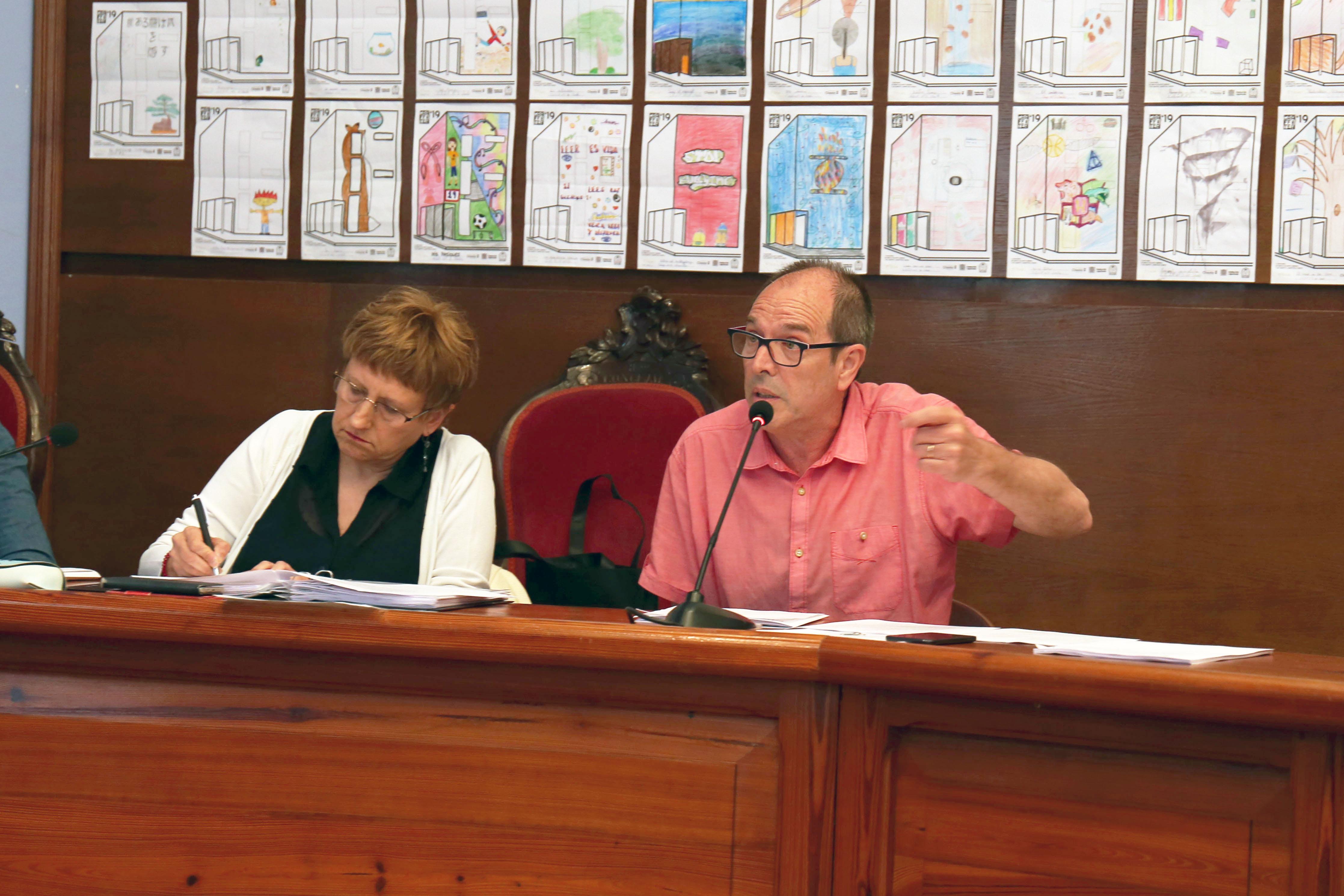 La concejalía de Servicios solicita la apertura de un expediente sancionador a Egevasa por incumplimiento en la entrega de documentación requerida por el Ayuntamiento.