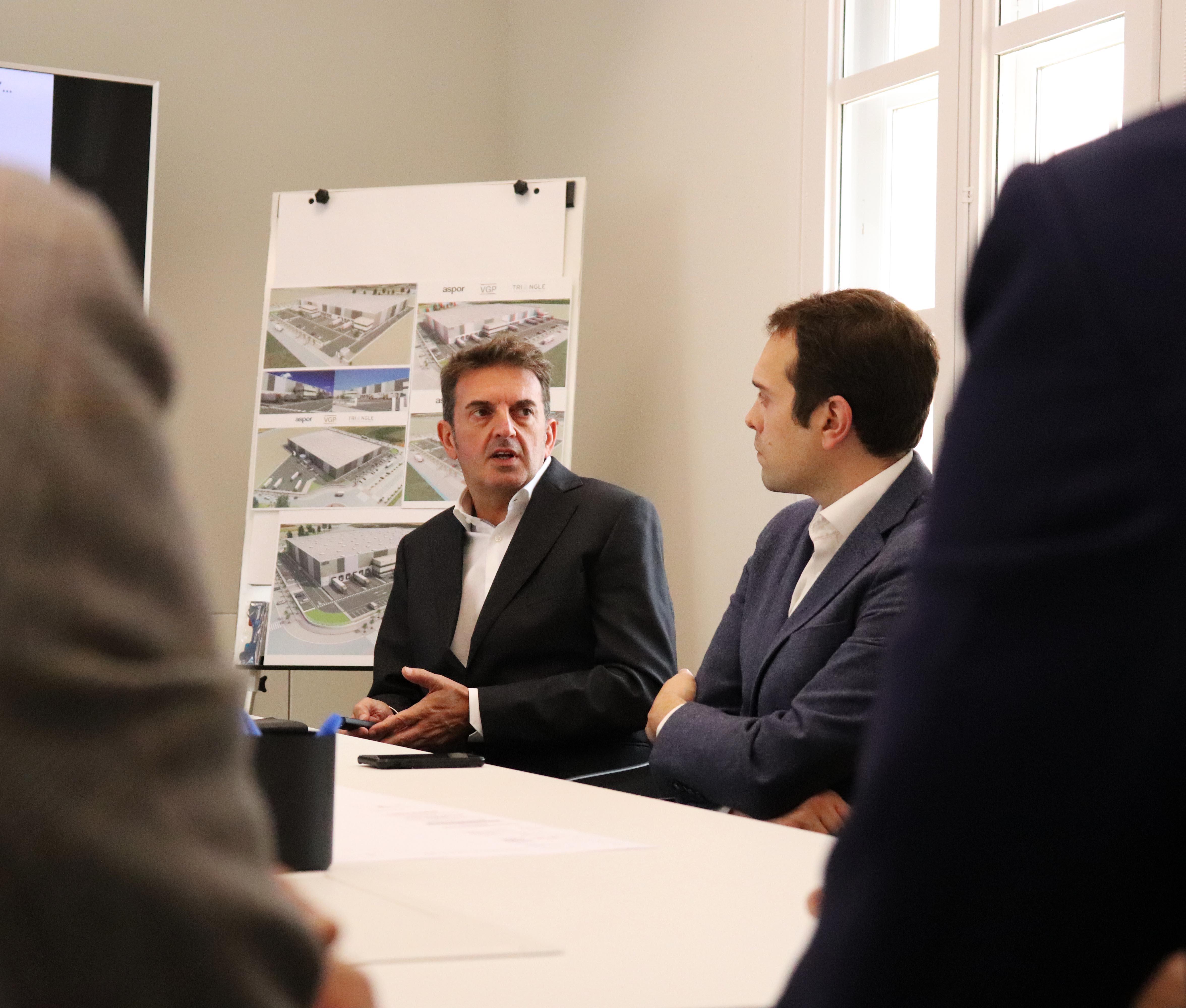 Presentación del proyecto por parte de VGP al Gobierno municipal de Cheste.