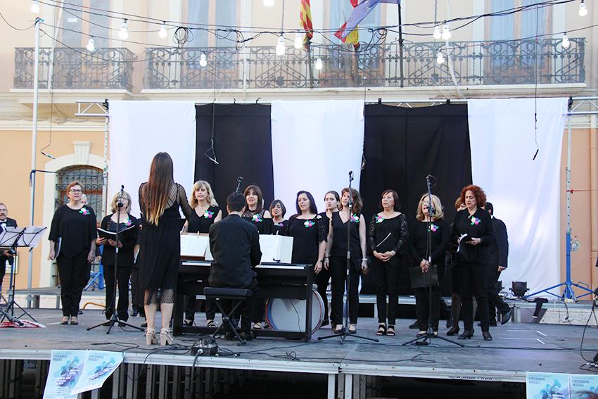 El festival de música coral y el concierto de la banda Badlands ponen el broche de oro al ciclo de Música en Primavera 2019.