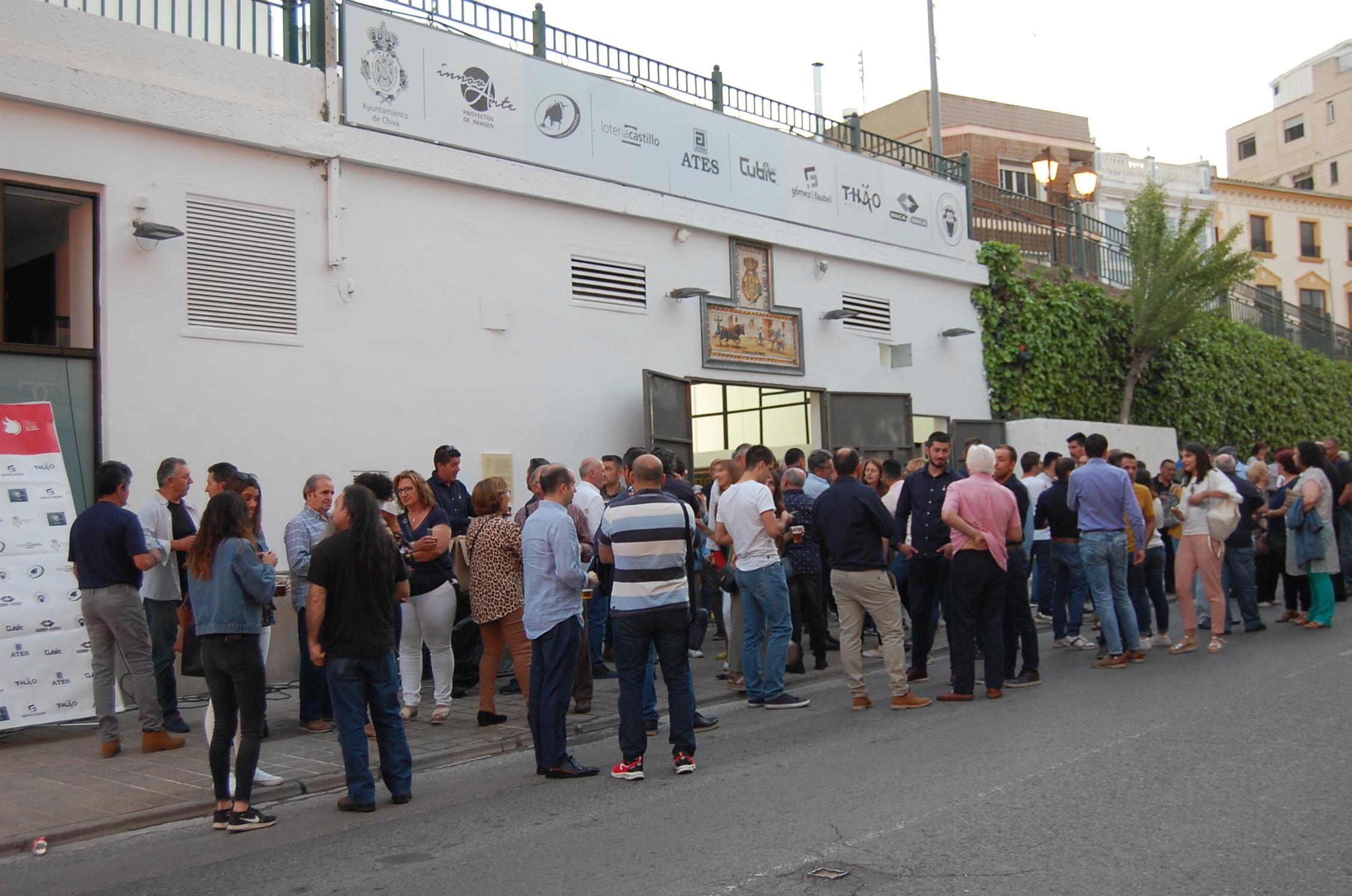 Al finalizar la jornada se han inaugurado los renovados toriles de la Peña del Torico de Chiva en los que se han invertido 30.000 euros.