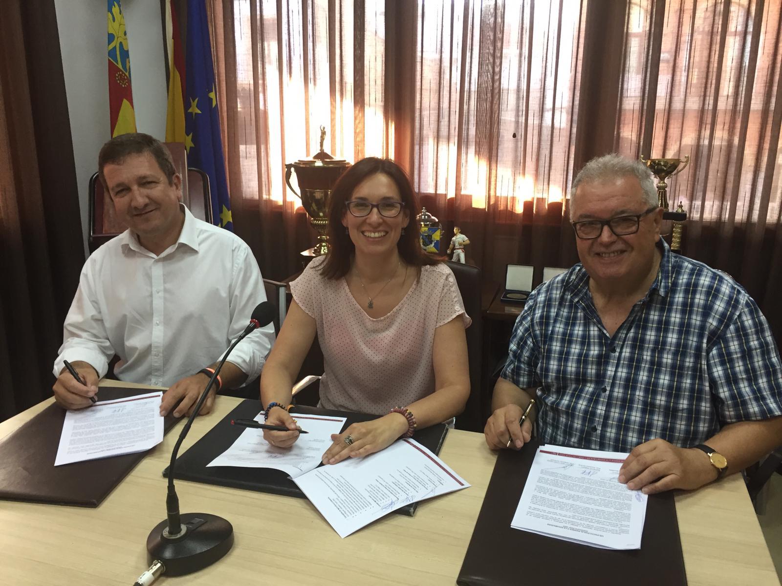 Juan Carlos Fayos (Ciudadanos). Silvia López (PP) y Max Prades (PUG).